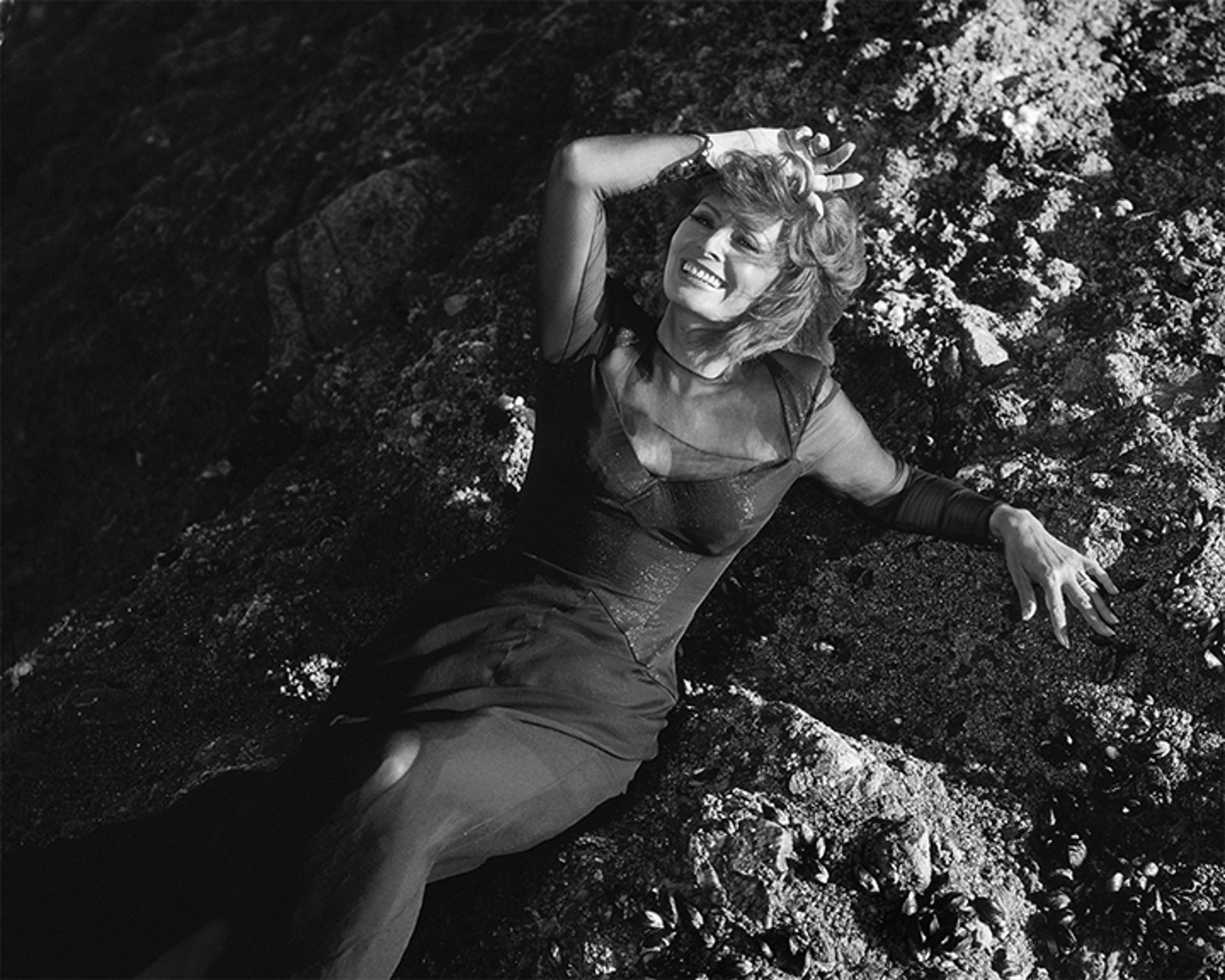 96010 Sophia Loren The Rocks Malibu 1996 BW by Timothy White