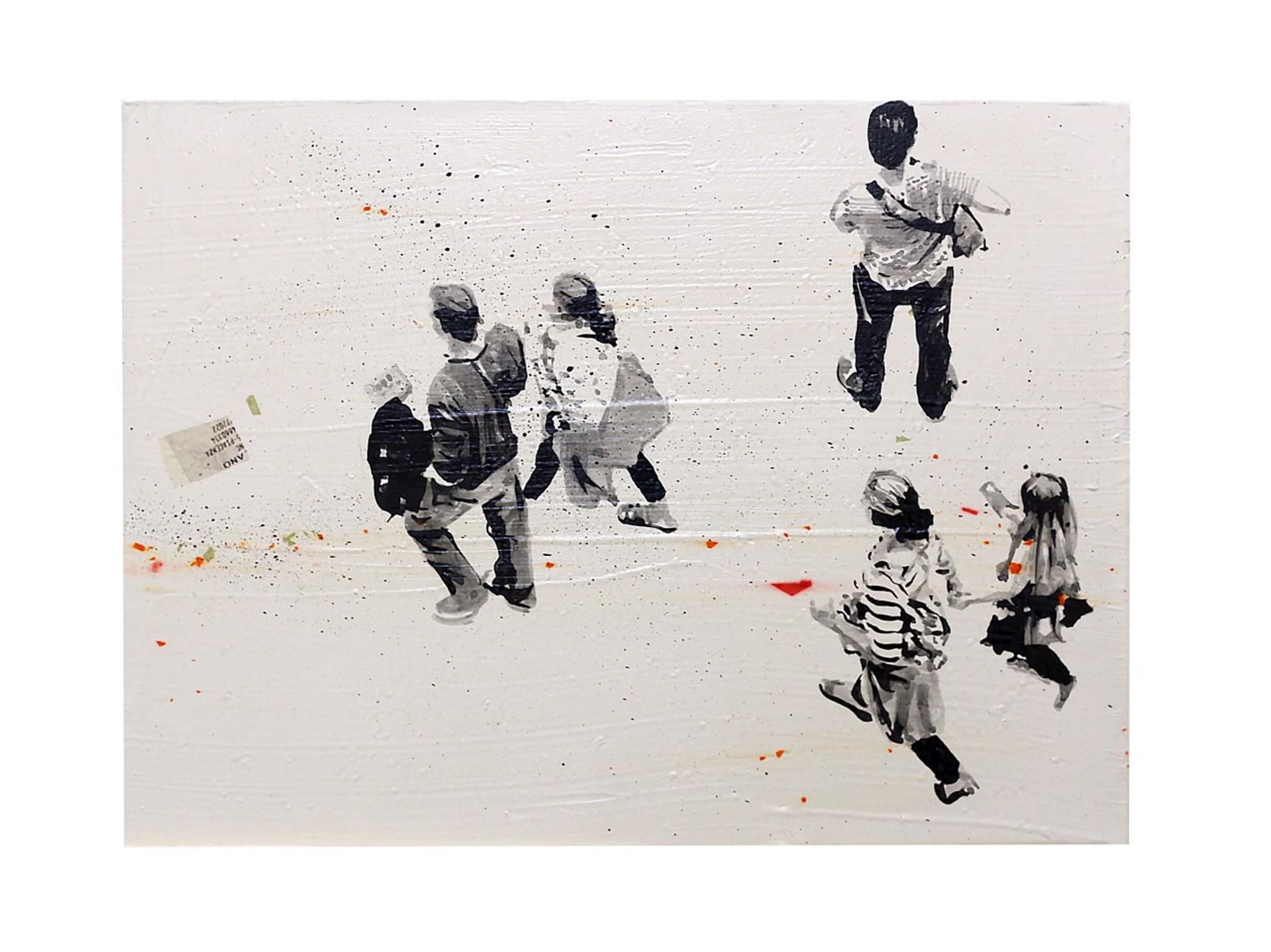 Walking White 2 by Federico Arcuri