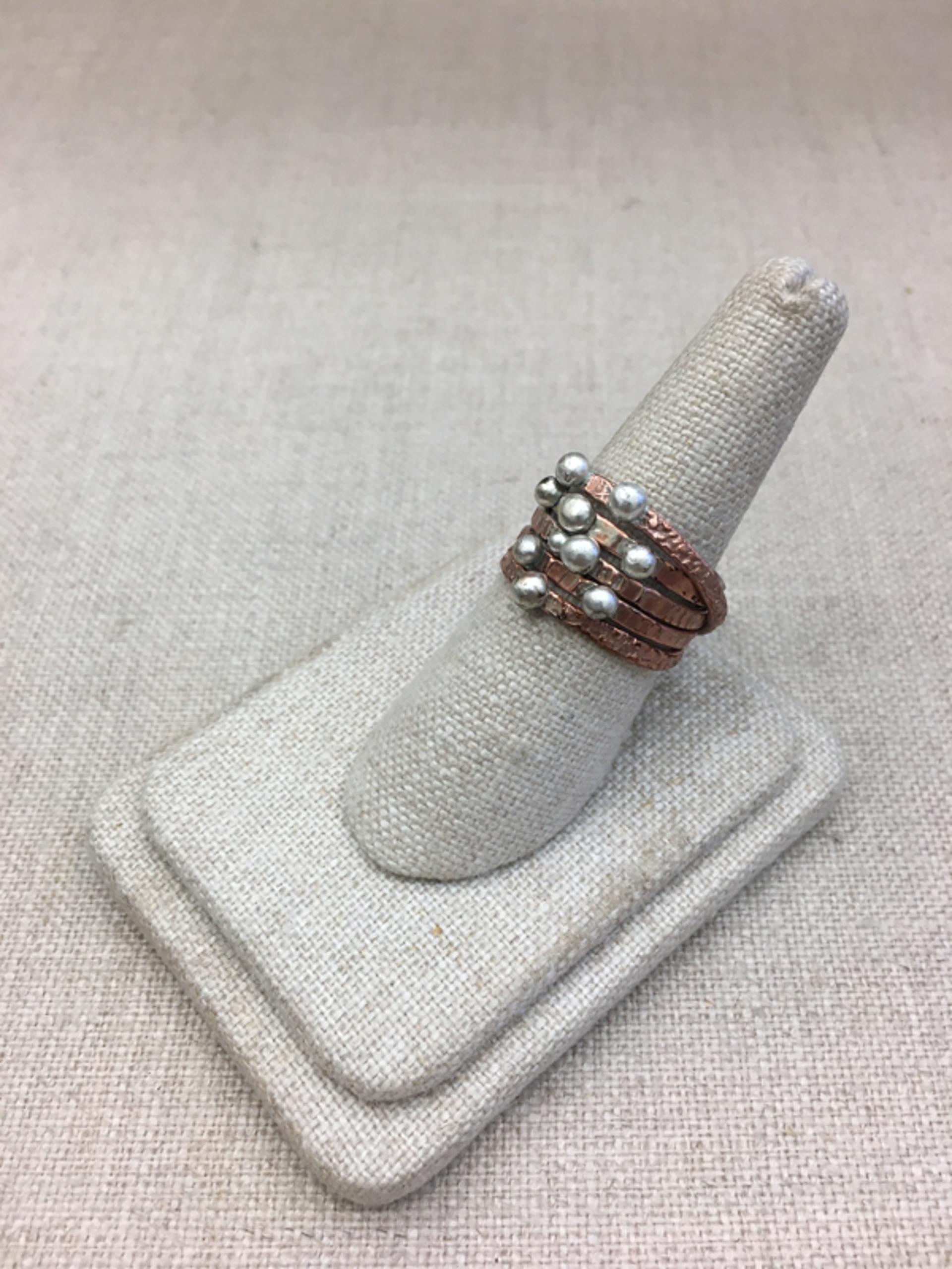 1424-10  Ring by Donna Burdic