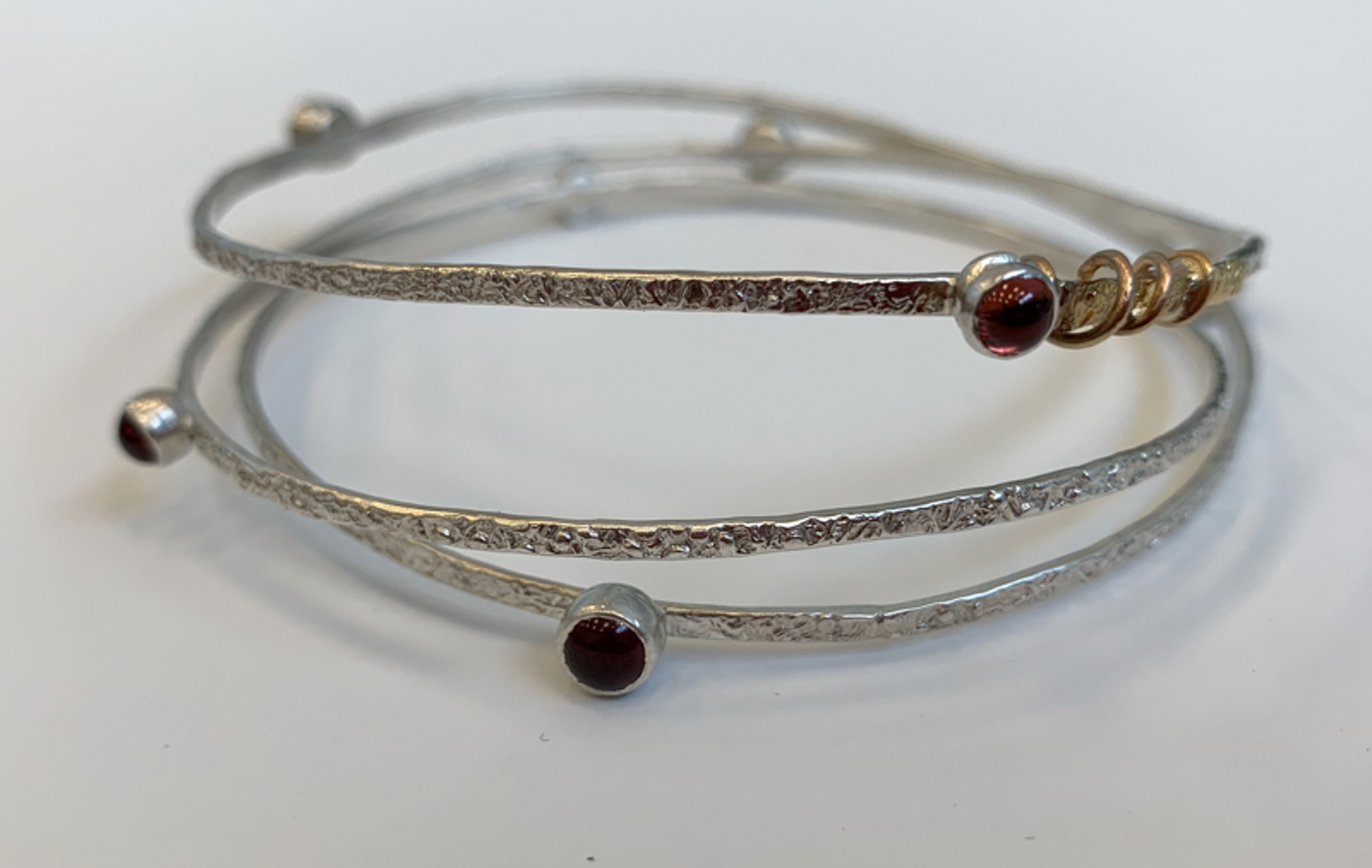 1424-11  Bracelet by Donna Burdic