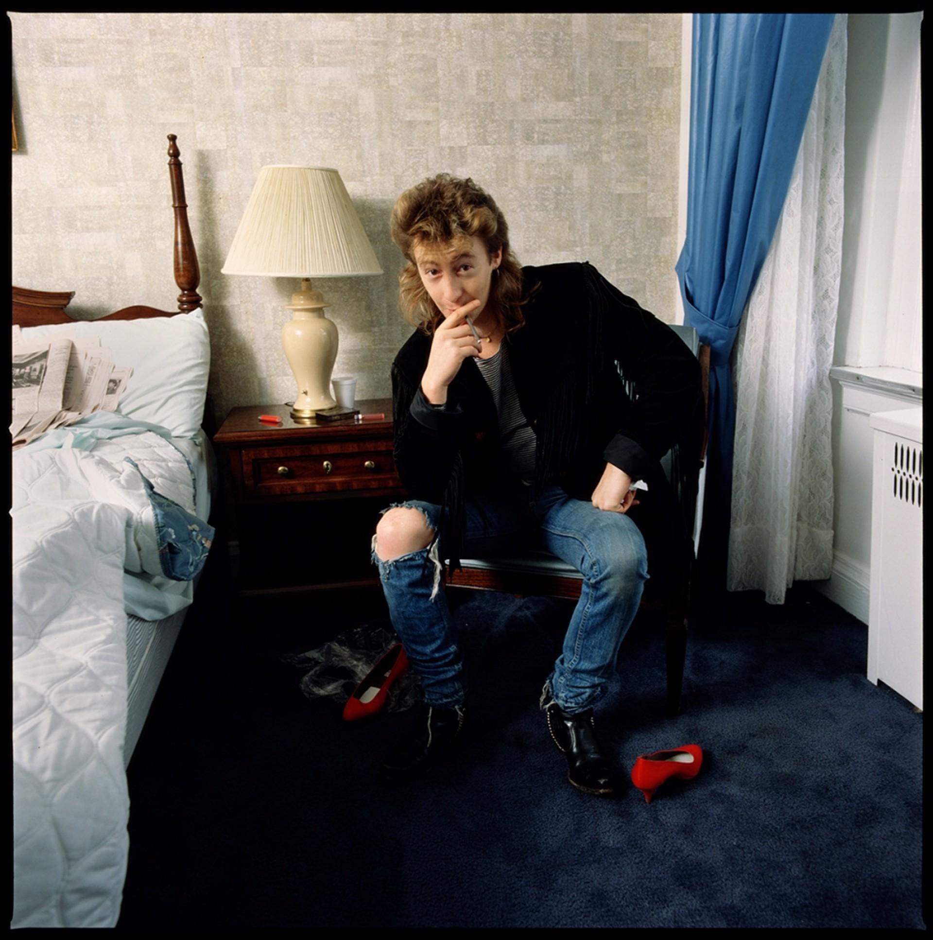 86044 Julian Lennon Bedroom Color by Timothy White