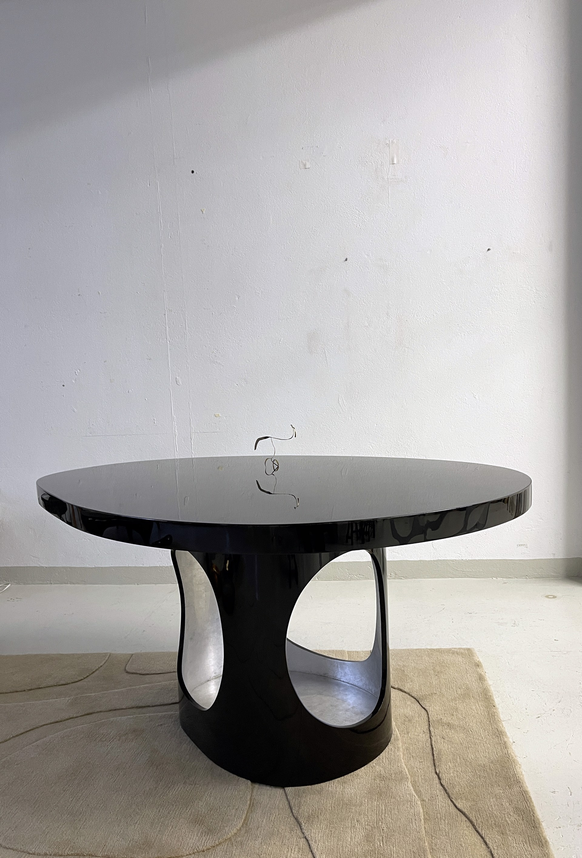 """Cloud"" Center table  by Jacques Jarrige"