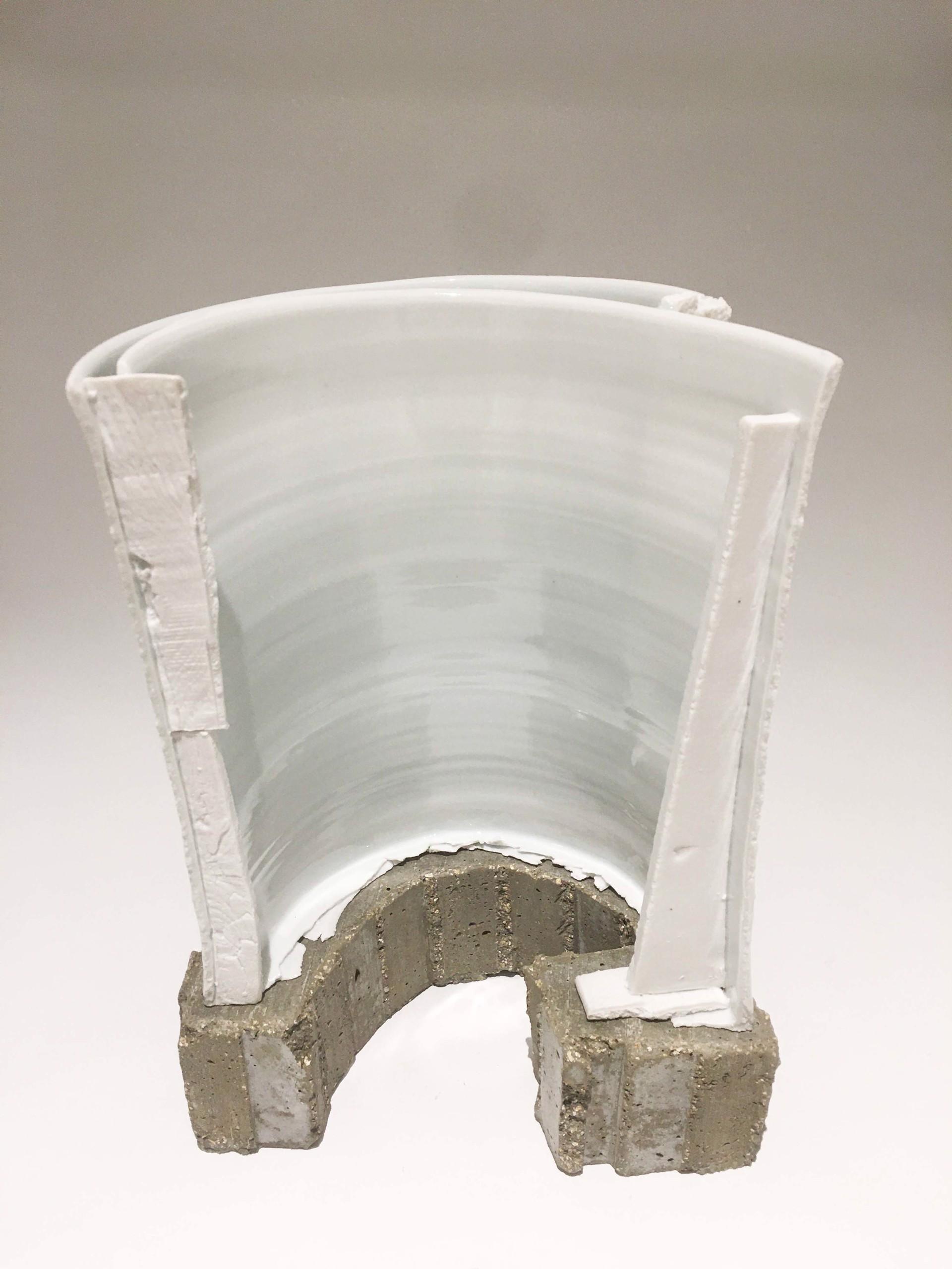 Vase 2 by Bryan Hopkins