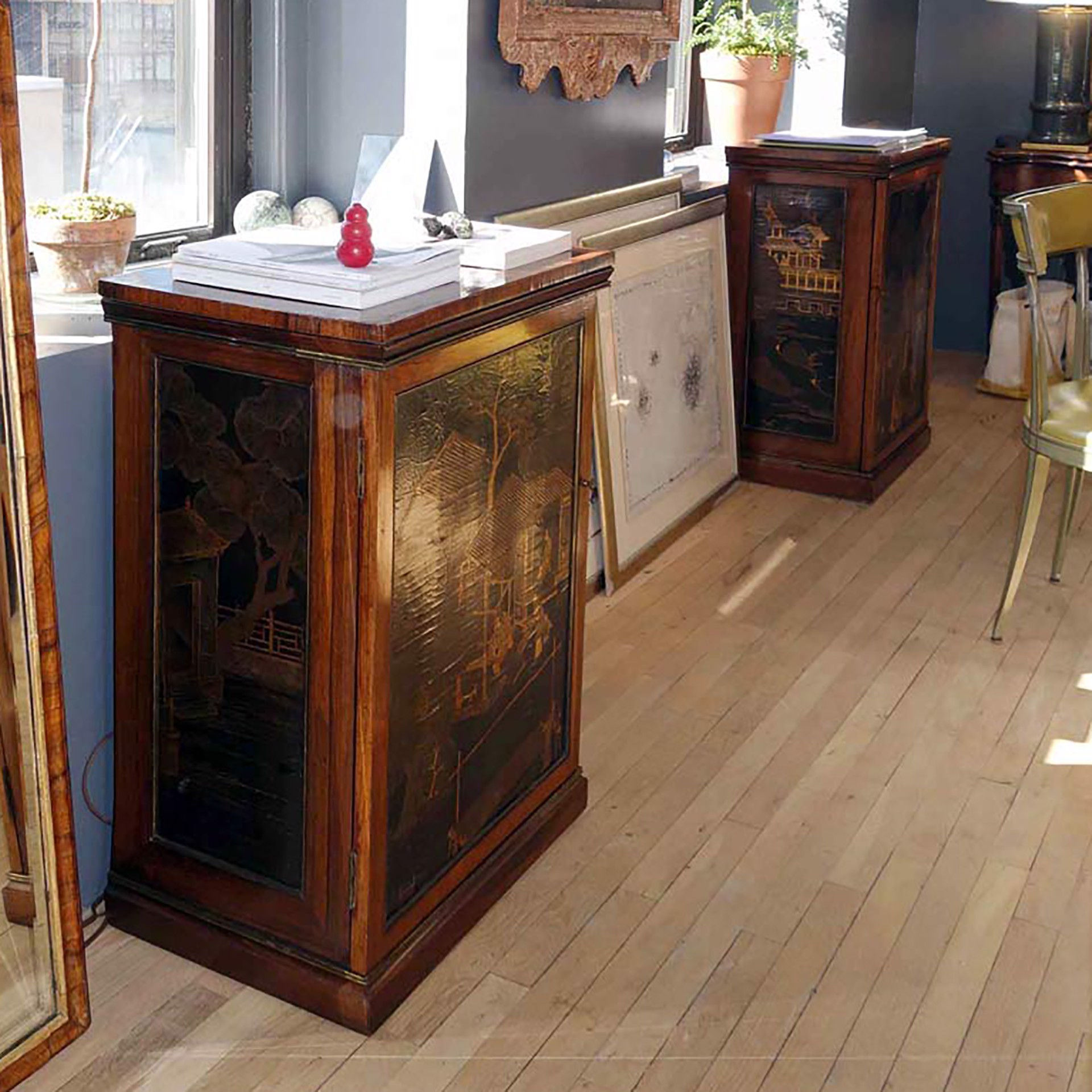 PAIR OF REGENCY LACQUER INSET ROSEWOOD CABINETS