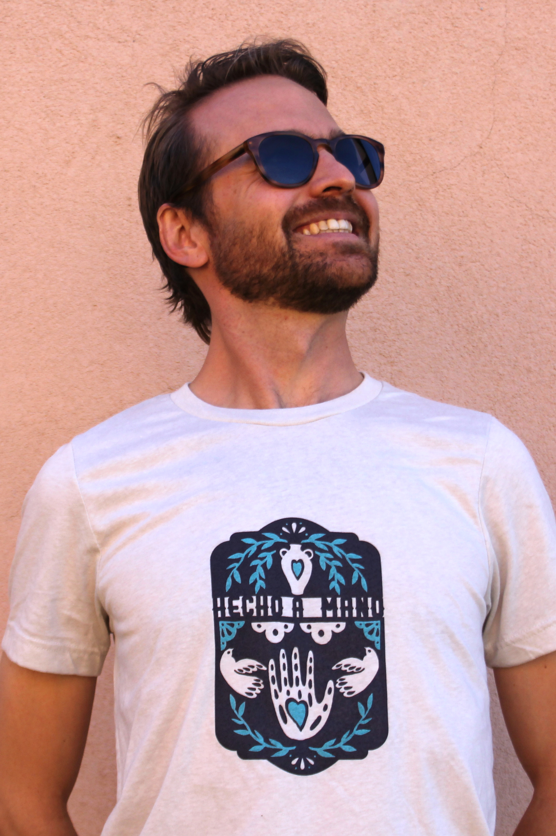 Unisex Light Gray T-Shirt by Hecho a Mano