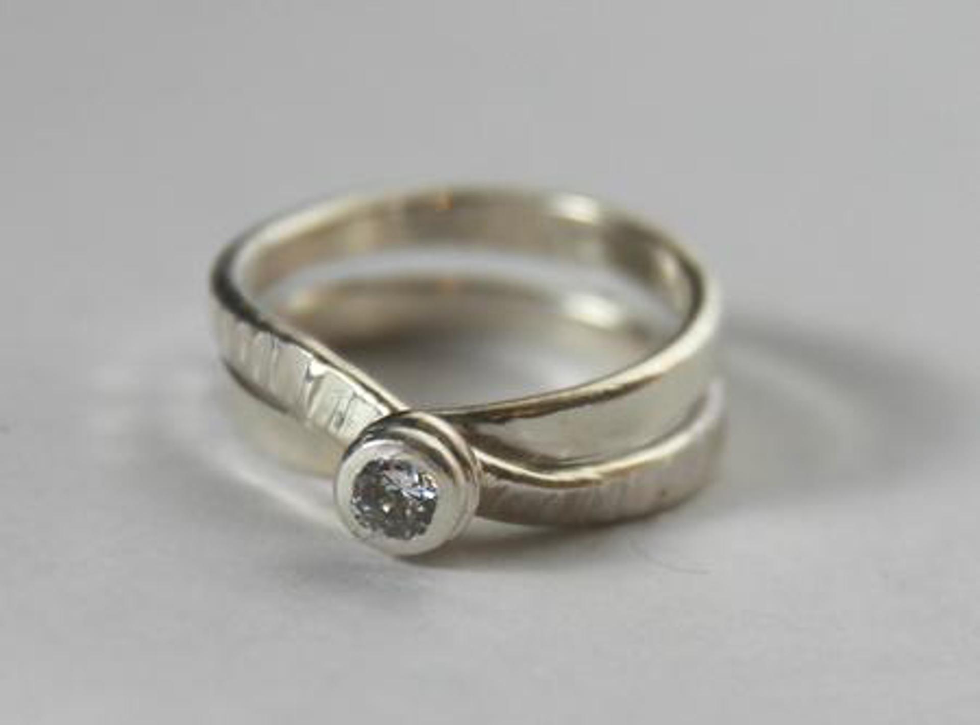 1293-20 Ring by Donna Burdic