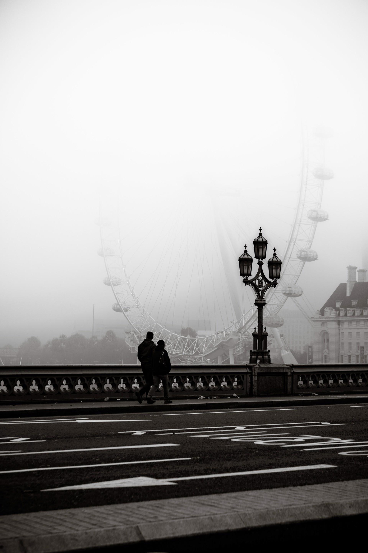london eye & fog by Alex Nyerges