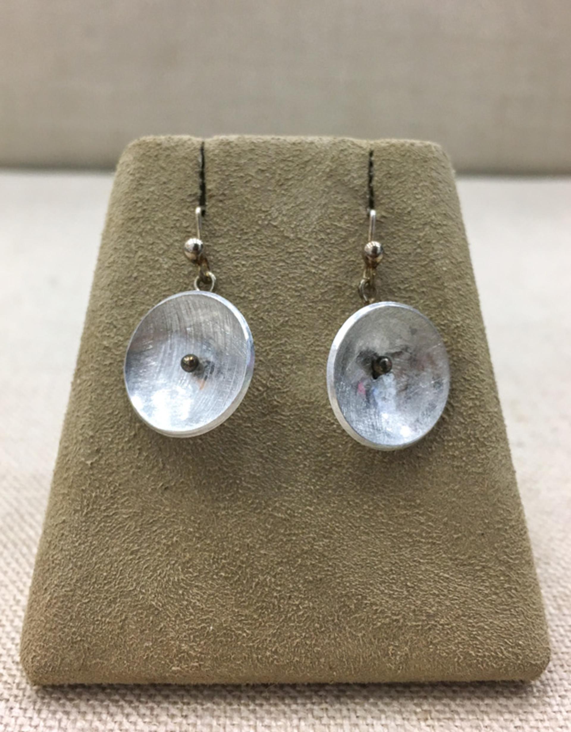 9144 Earrings by Lori Paulsen