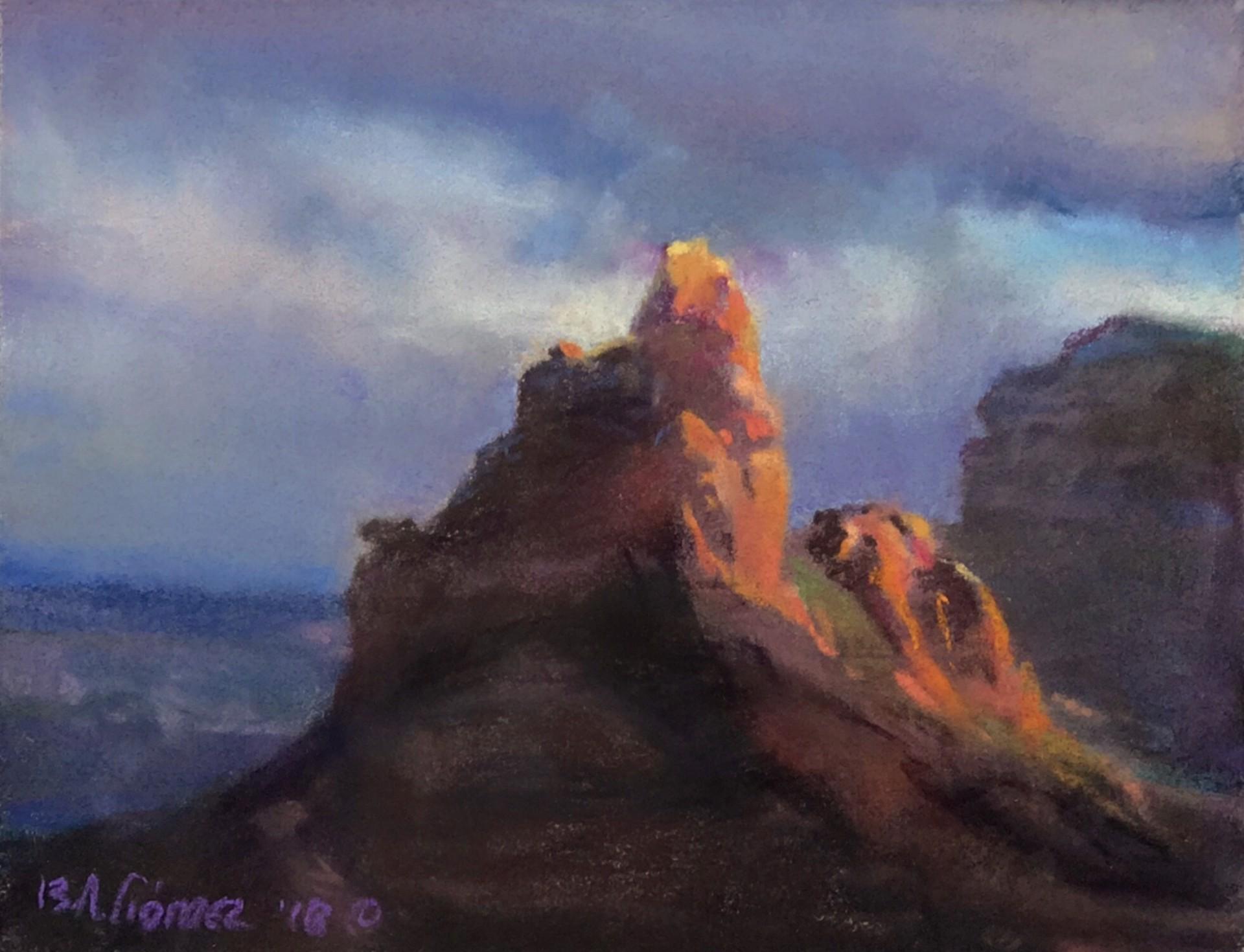 Morning Glory Spire by Bruce A Gómez