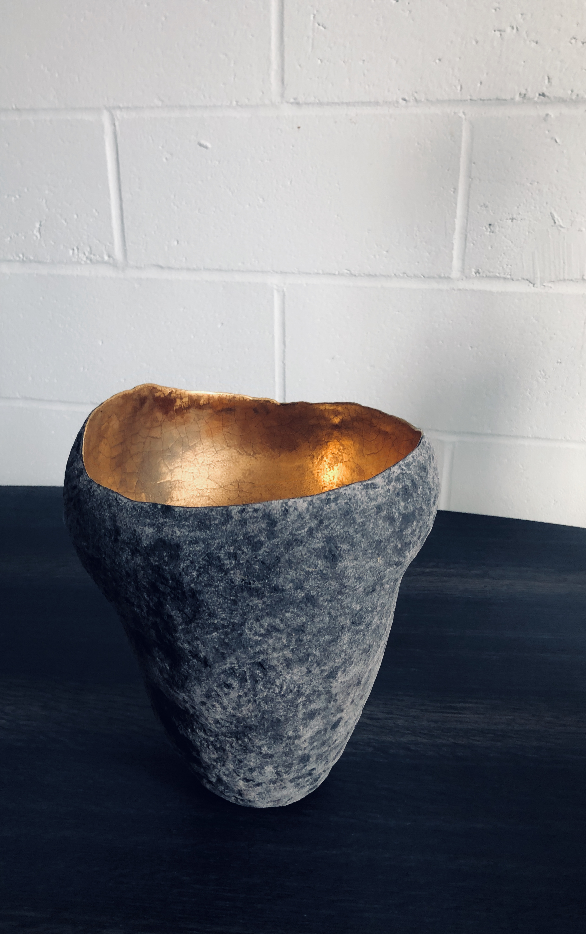 Ceramic vase by Cristina Salusti