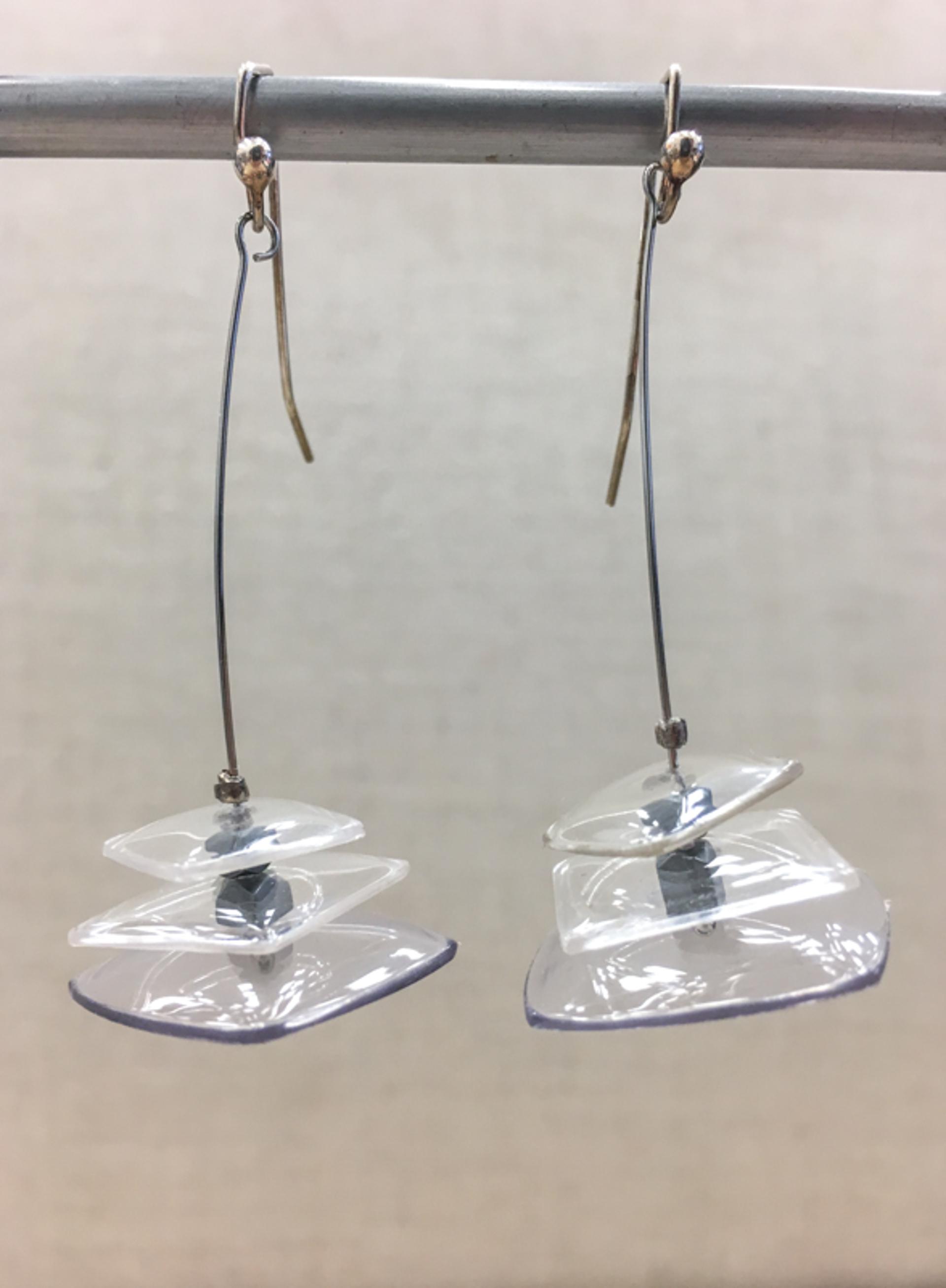 9124 Earrings by Lori Paulsen