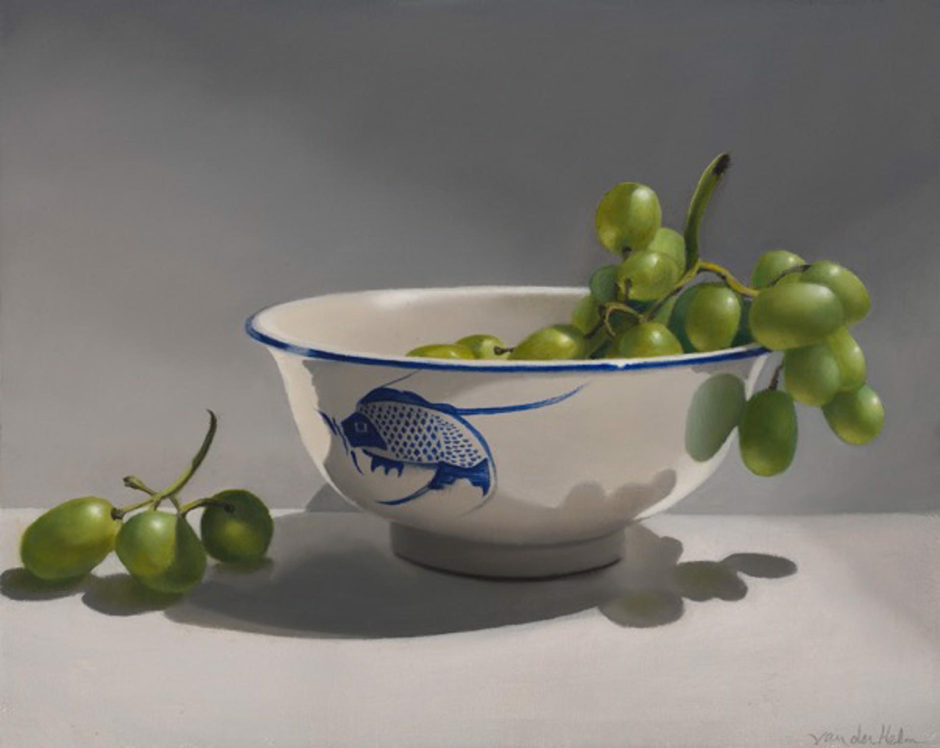 Bowl with Grapes by Sarah van der Helm