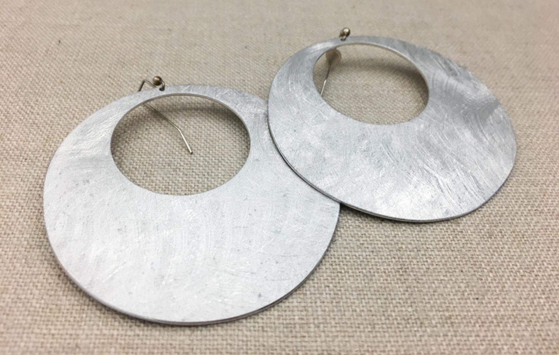 9103 Earrings by Lori Paulsen