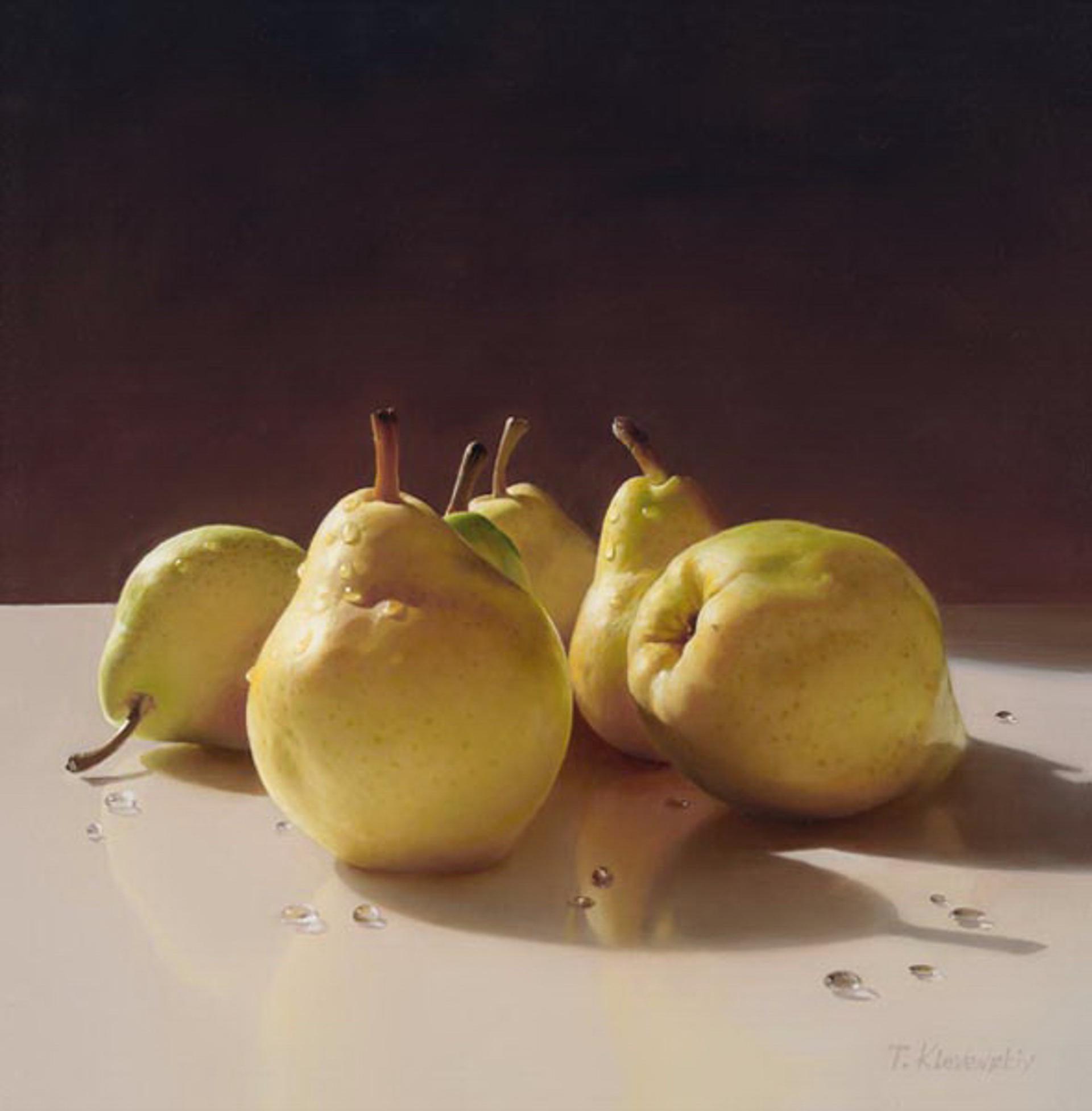 Asian Pears by Tatyana Klevenskiy