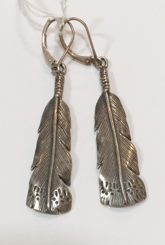 Earrings - Silver Owl Feather 7284 by Deanne McKeown