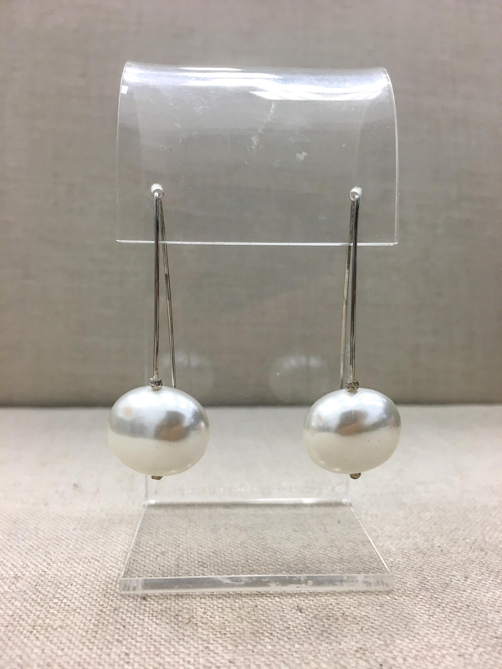 9140 Earrings by Lori Paulsen