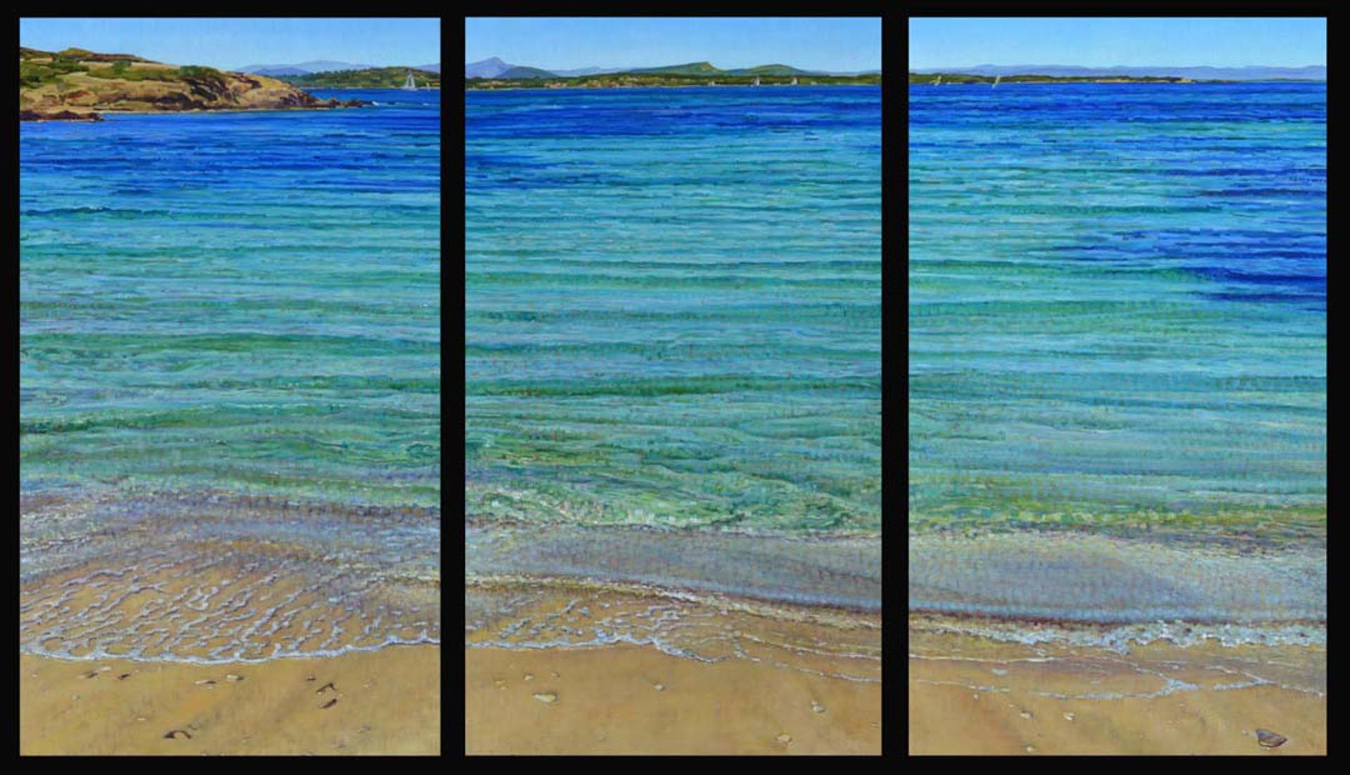 Mediterranean Beach Blues (T) by Caroline Zimmermann
