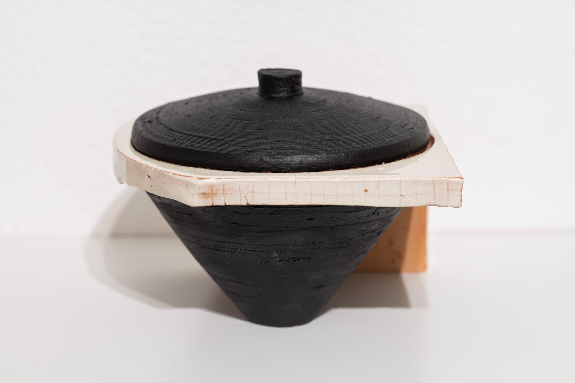 Lidded Jar (4) by Zak Helenske