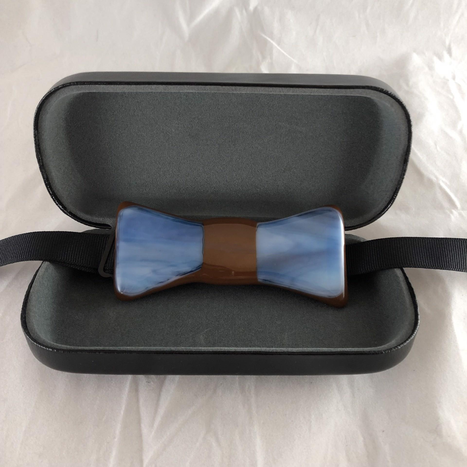 Bow tie 271 by Keller Lee