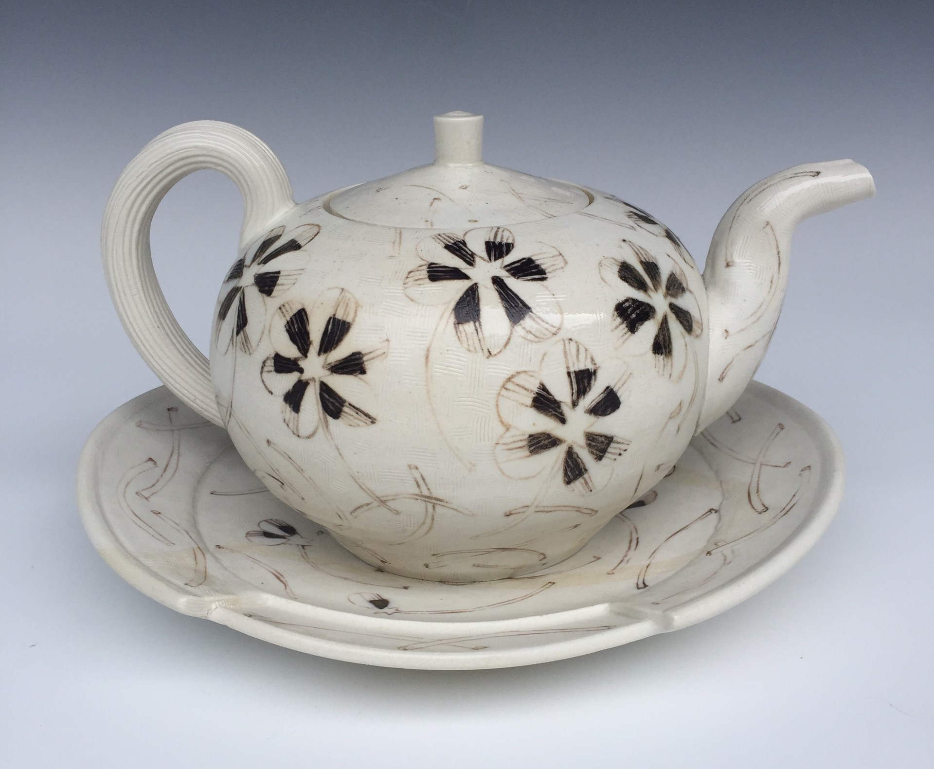 Teapot w/Oval Plate & Handpainted Motifs by Linda Sikora