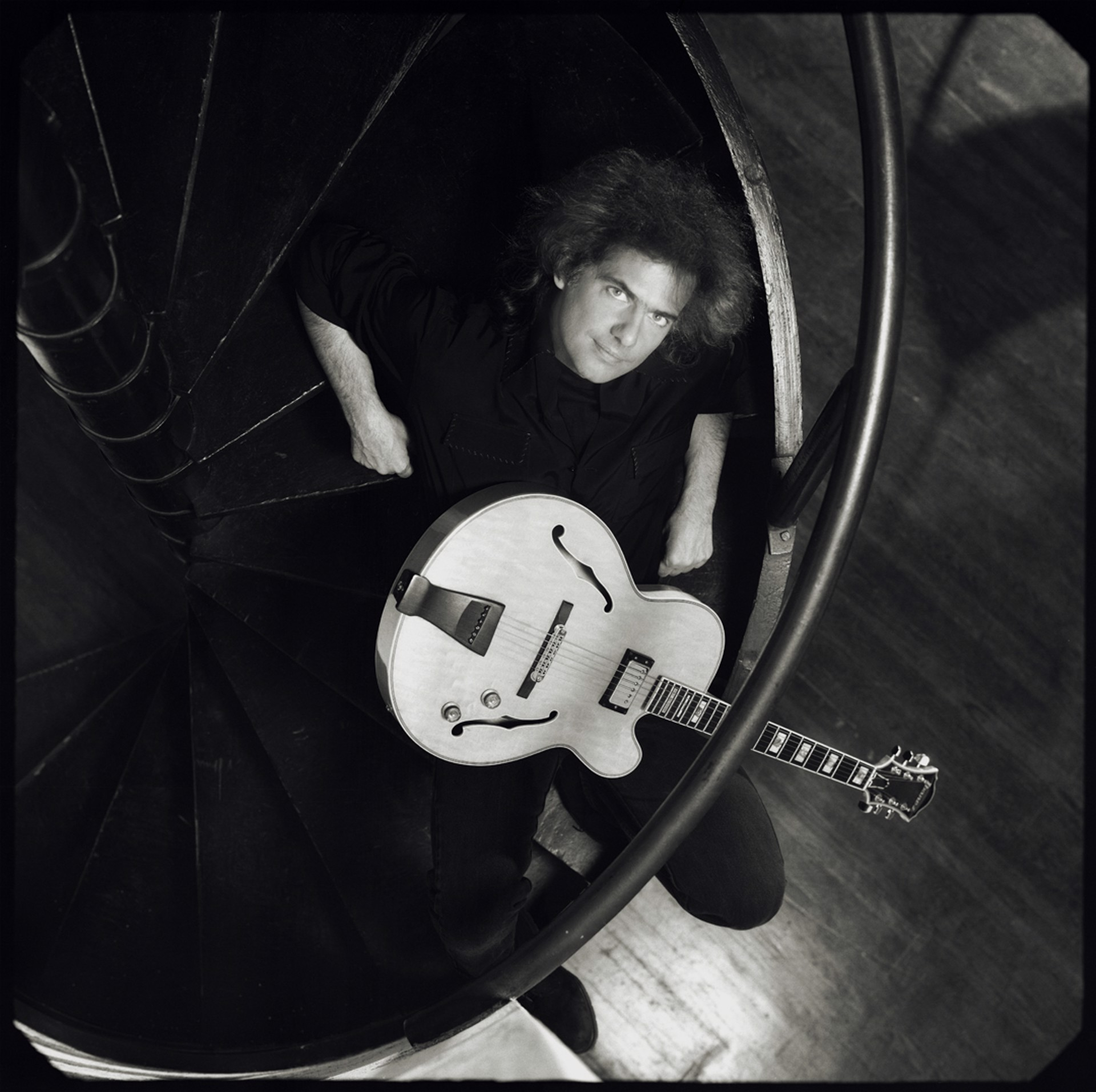 01049 Pat Metheny Seated with Guitar BW by Timothy White