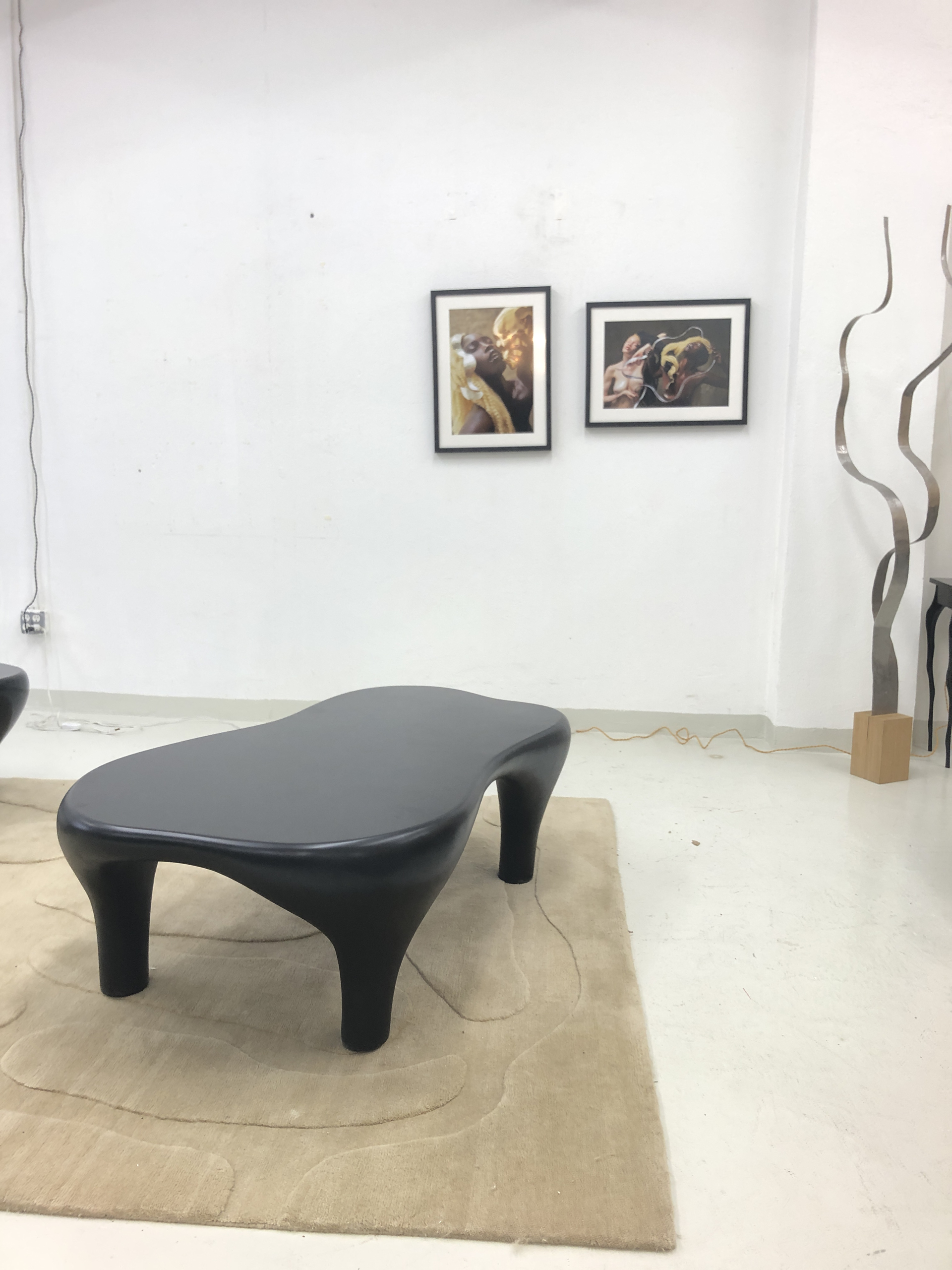 """Toro"" coffee table with Matte lacquer by Jacques Jarrige"