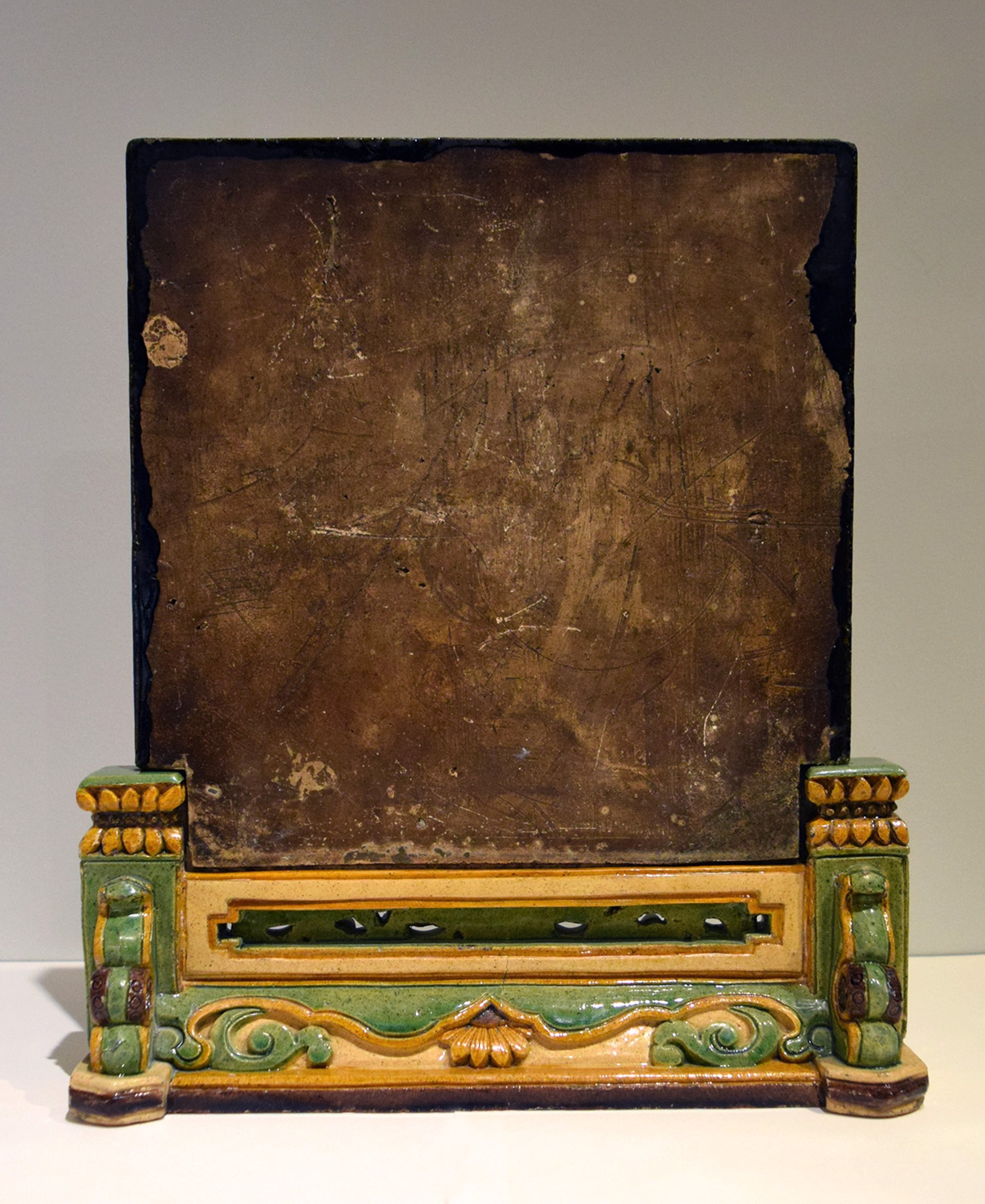 CHINESE SANCAI-GLAZED TABLE SCREEN AND STAND