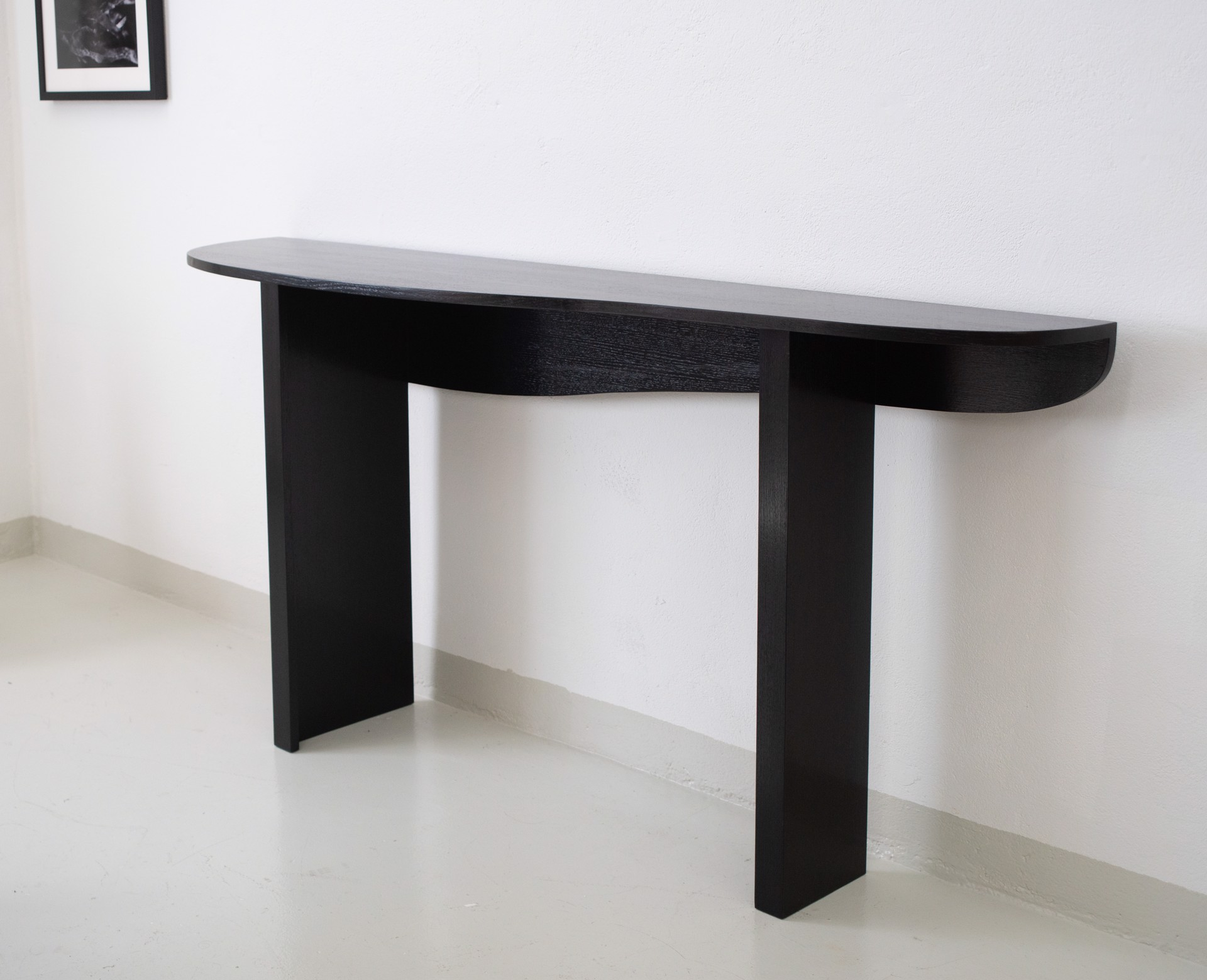 "Long ""Markus"" Console   by Jacques Jarrige"