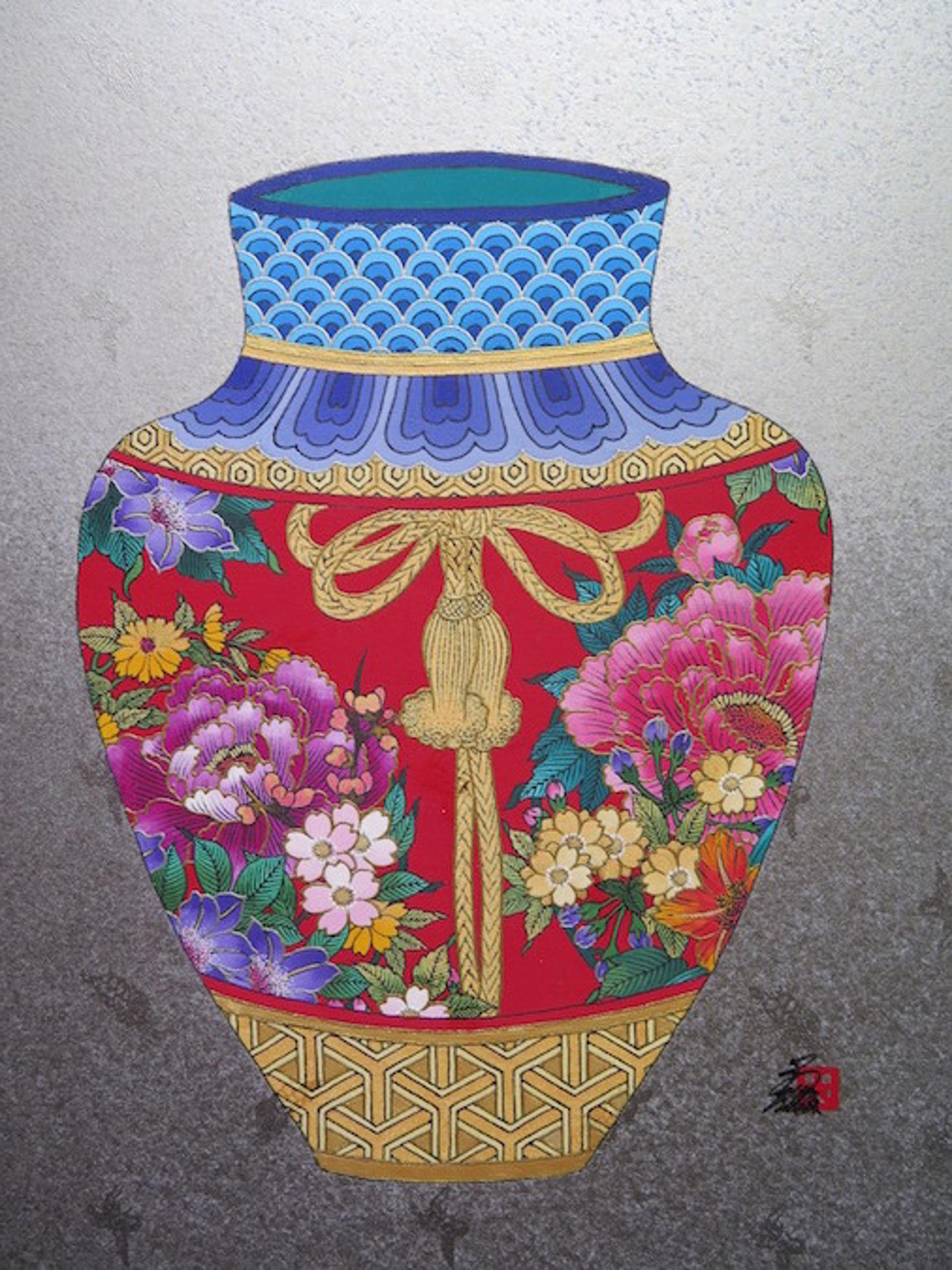 Fantasy Vase #8 (L) by Hisashi Otsuka