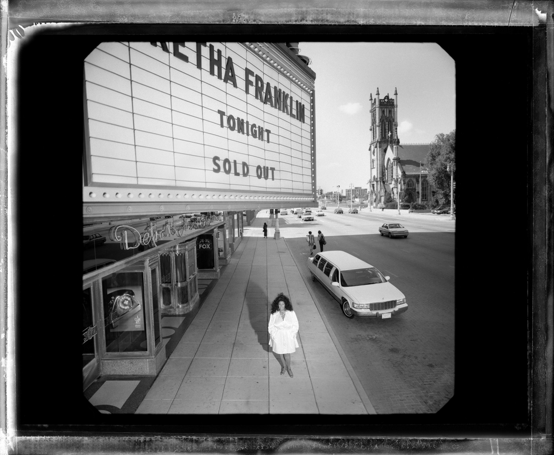96089 Aretha Franklin Fox Theater Detroit BW by Timothy White