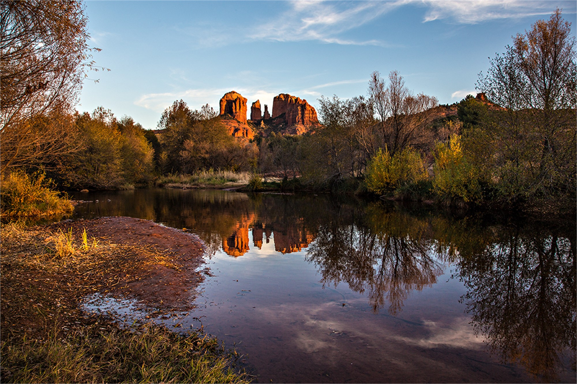 Red Rock Crossing-S by Mark Lange