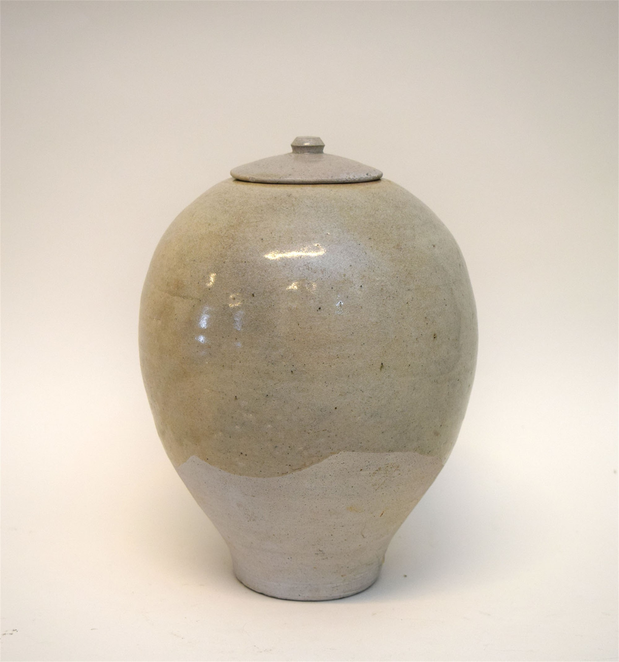 LARGE ASH GLAZED JAR WITH COVER