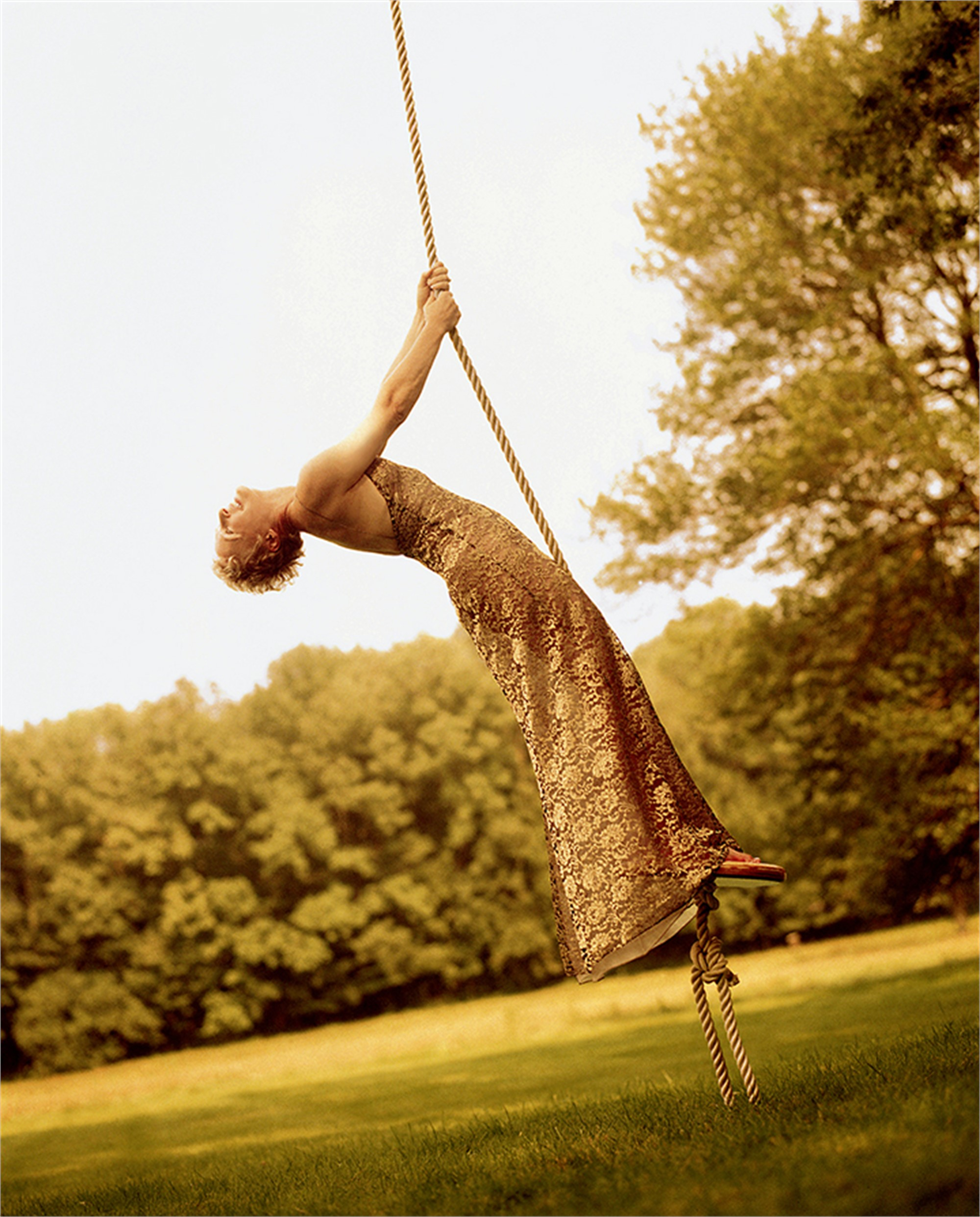 96095 Glenn Close On Swing Color by Timothy White