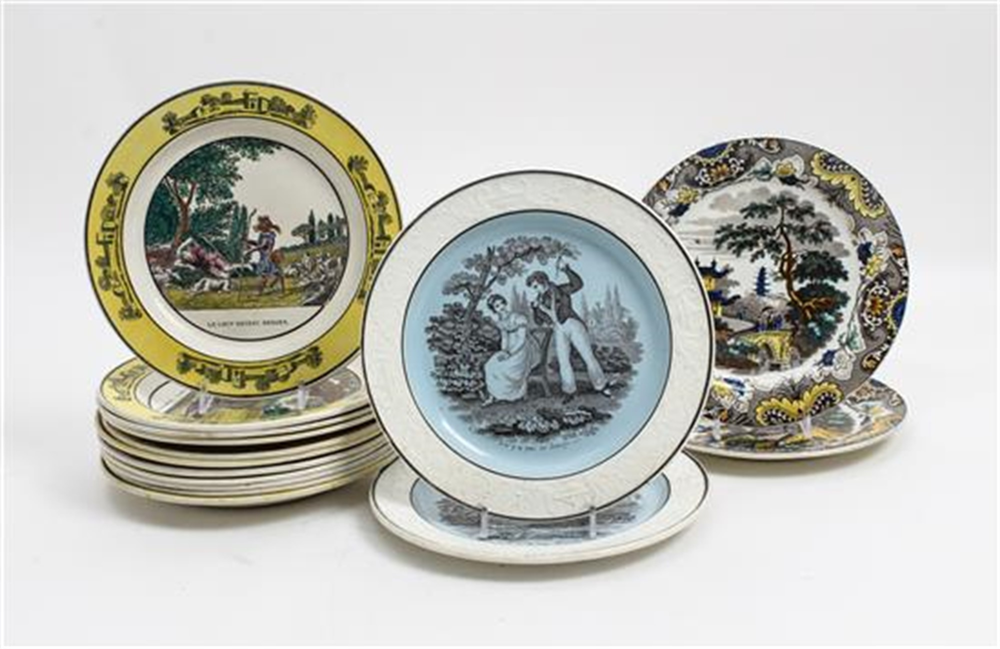 COLLECTION OF FIFTEEN CREIL PLATES