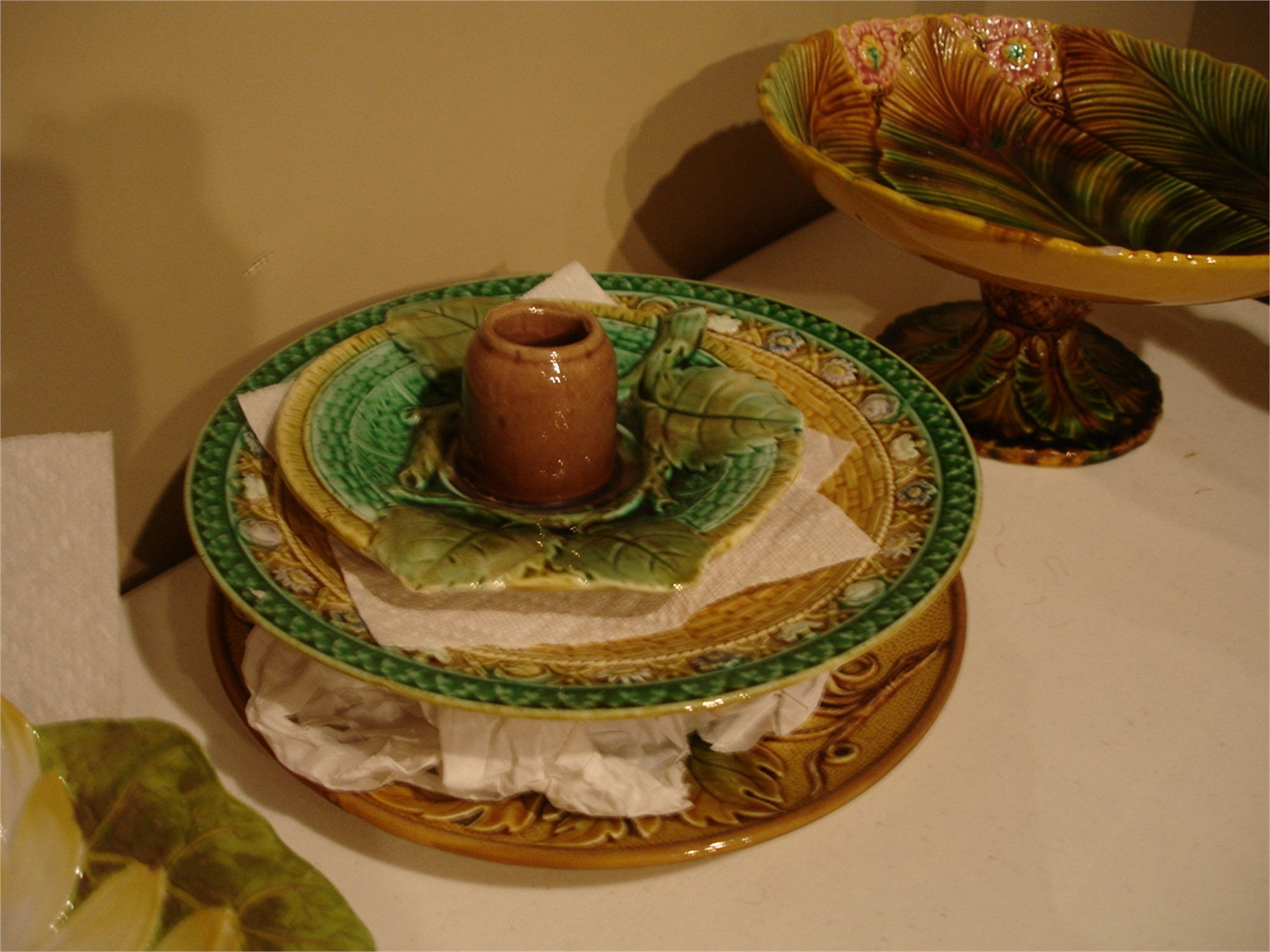 AN AMERICAN MAJOLICA TOOTHPICK HOLDER