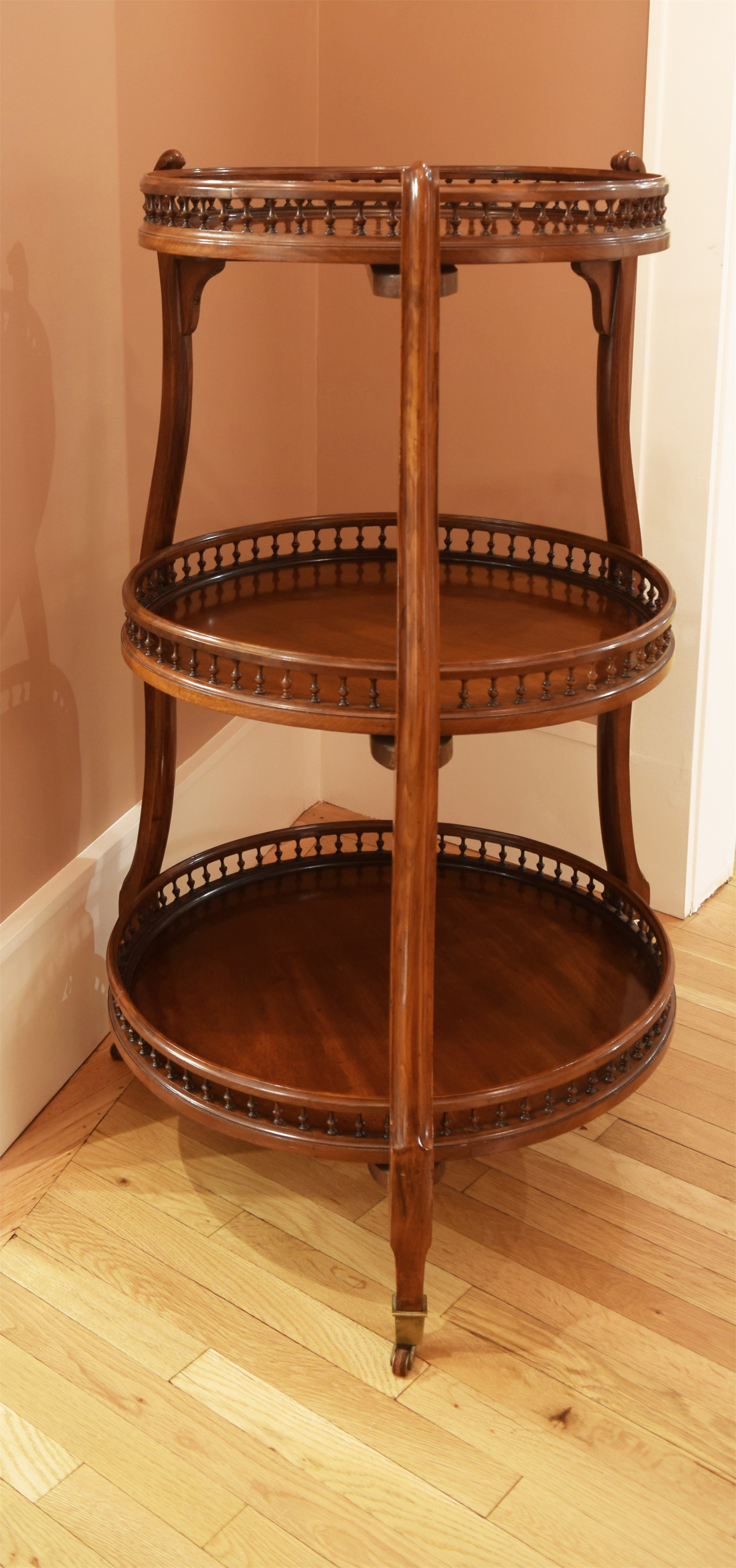 VICTORIAN THREE-TIERED ETAGERE WITH SWIVELING SHELVES