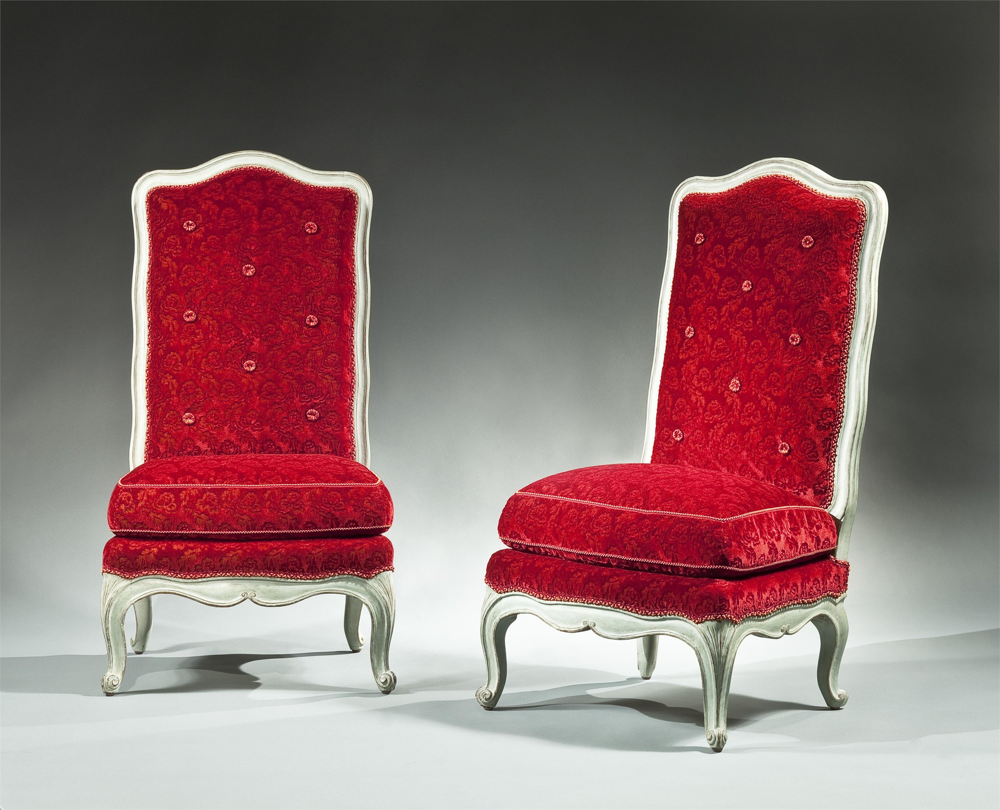 PAIR OF LOUIS XV PAINTED CHAUFFEUSE