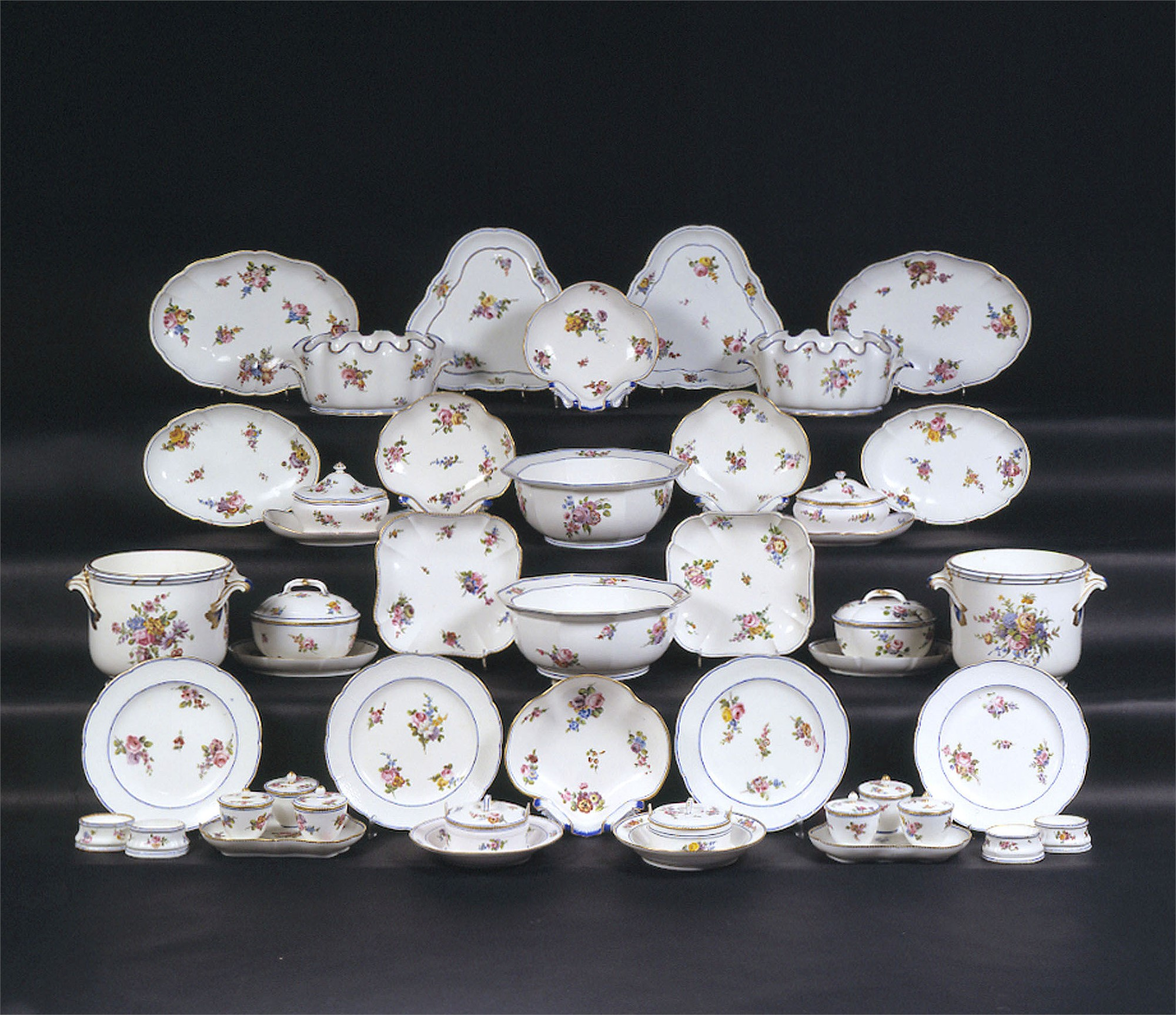 84-PIECE SEVRES PORCELAIN PART DINNER SERVICE