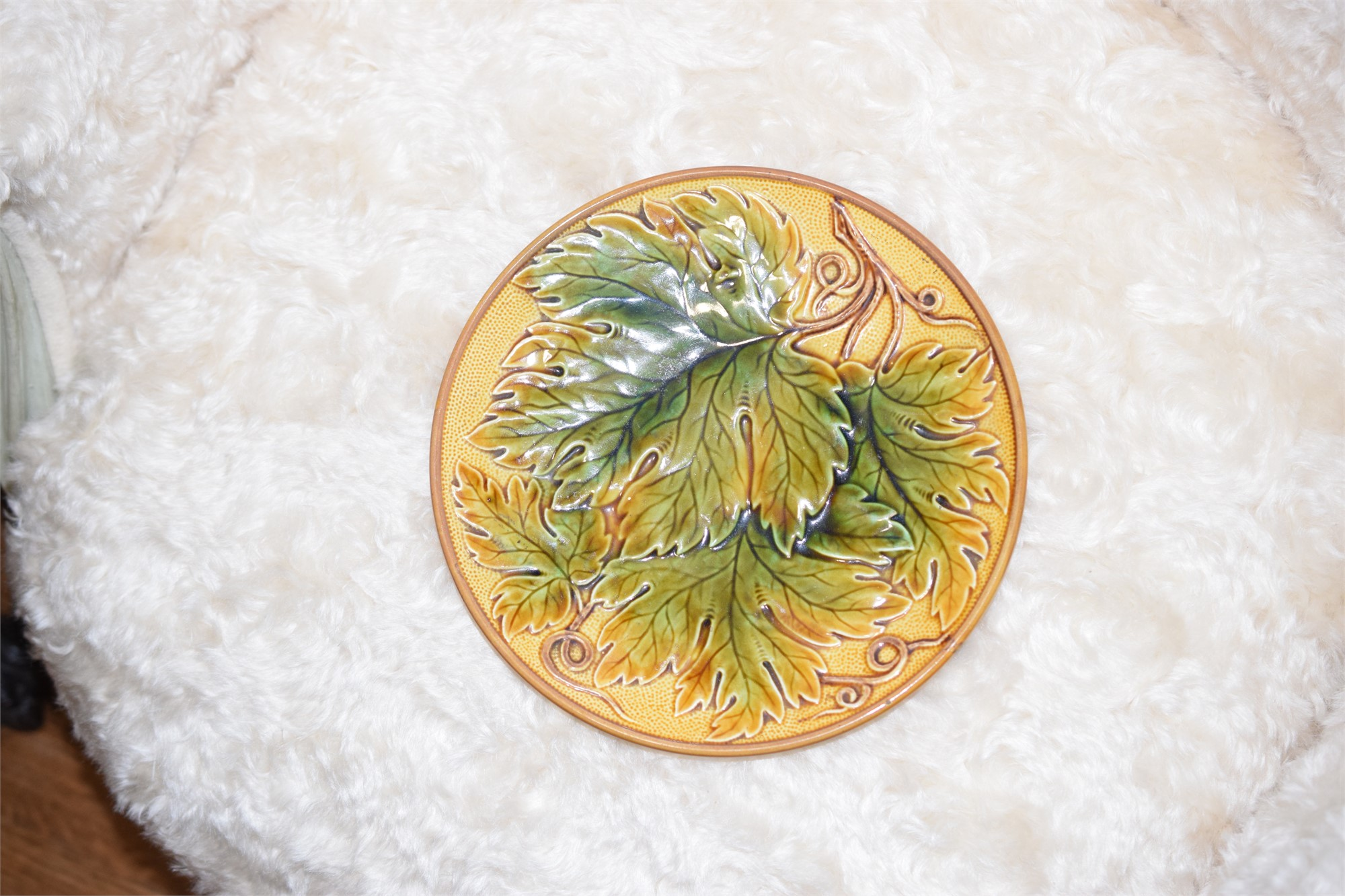 A MAJOLICA LEAF-MOLDED PLATE