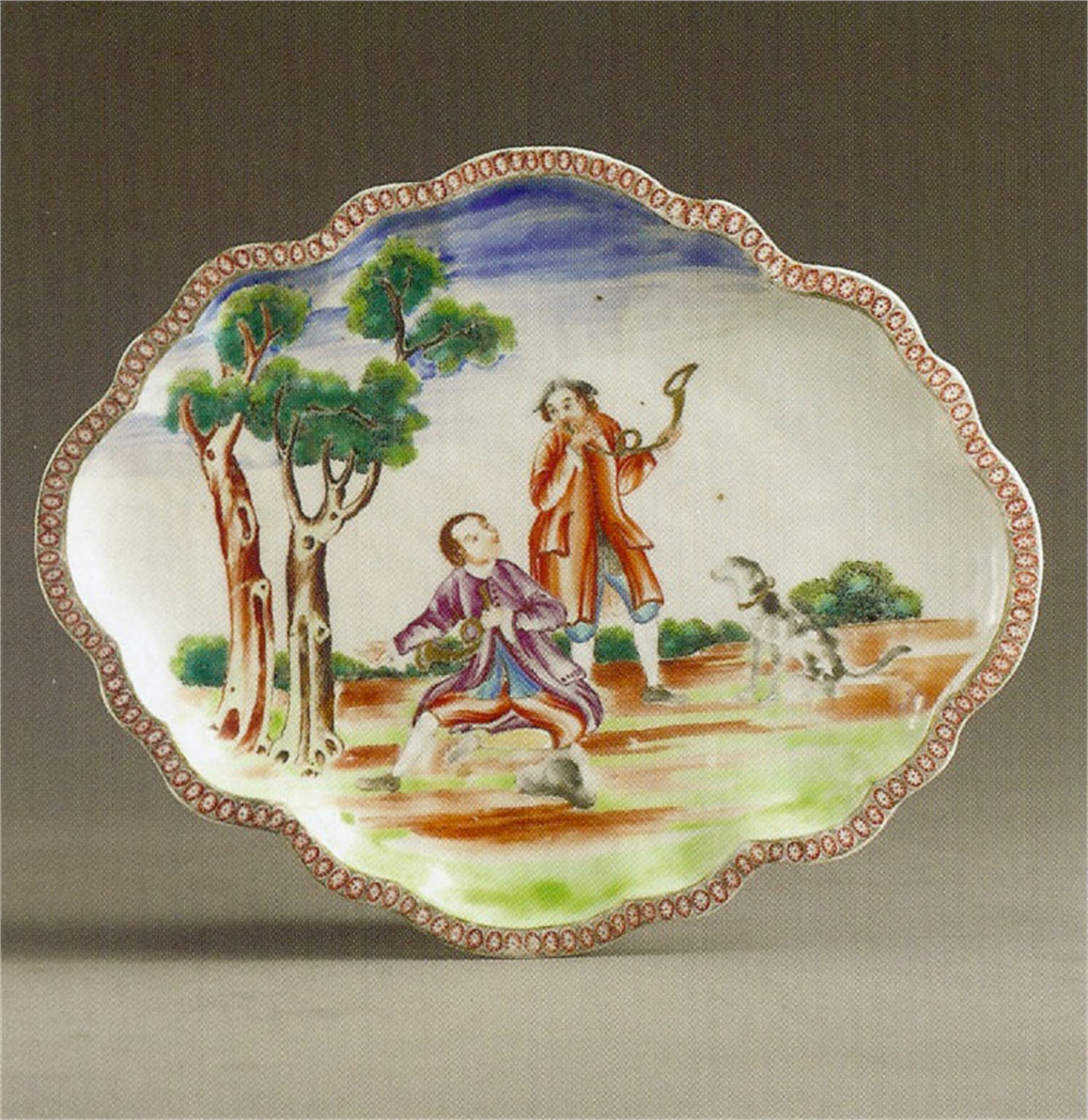 FAMILLE ROSE SCALLOPED OVAL DISH WITH TWO HUNTSMEN