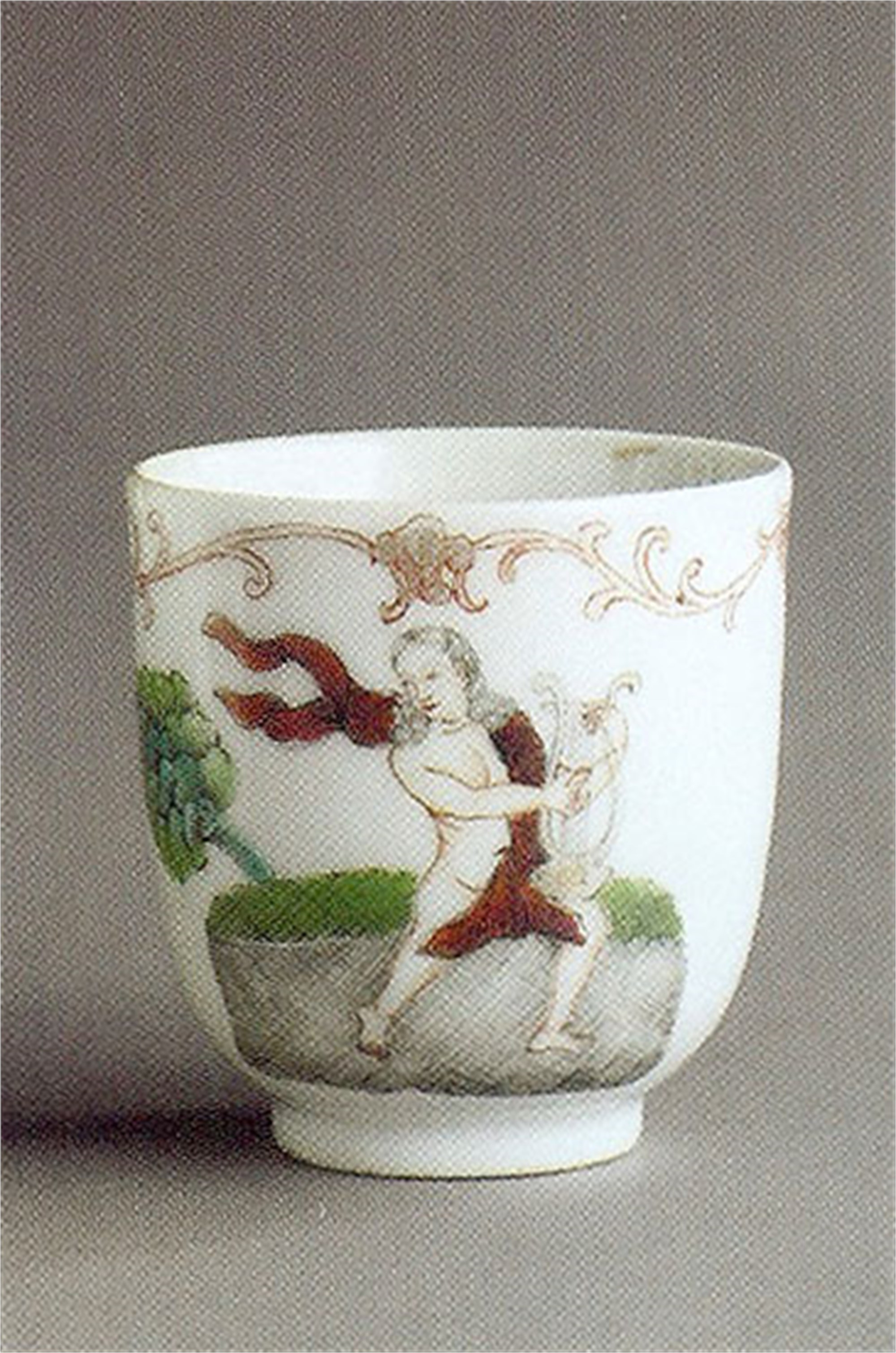 FAMILLE ROSE COFFEE CUP WITH ORPHEUS AND HIS LYRE