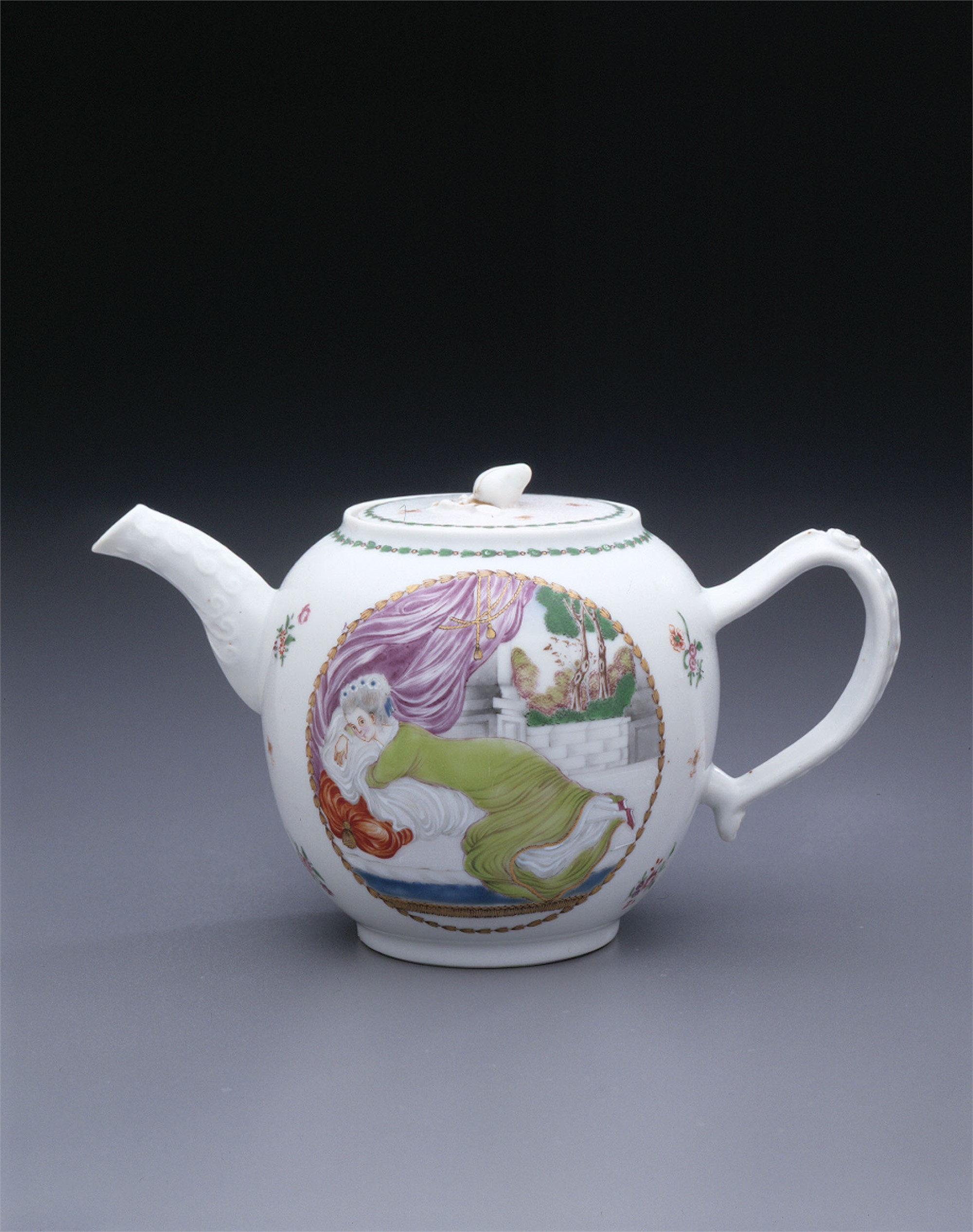 EUROPEAN SUBJECT FAMILLE ROSE TEAPOT AND COVER