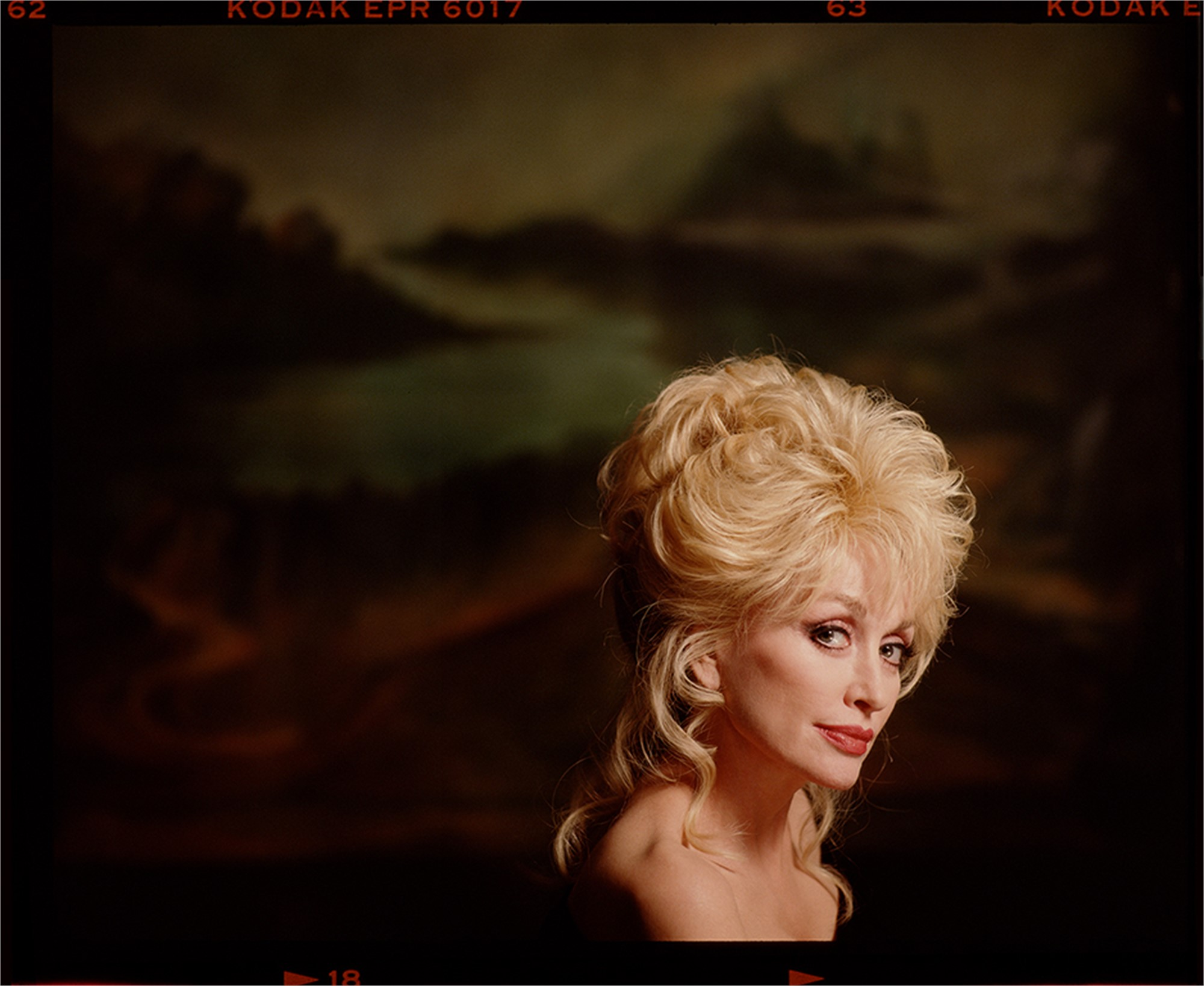94052 Dolly Parton Painted Backdrop Color by Timothy White