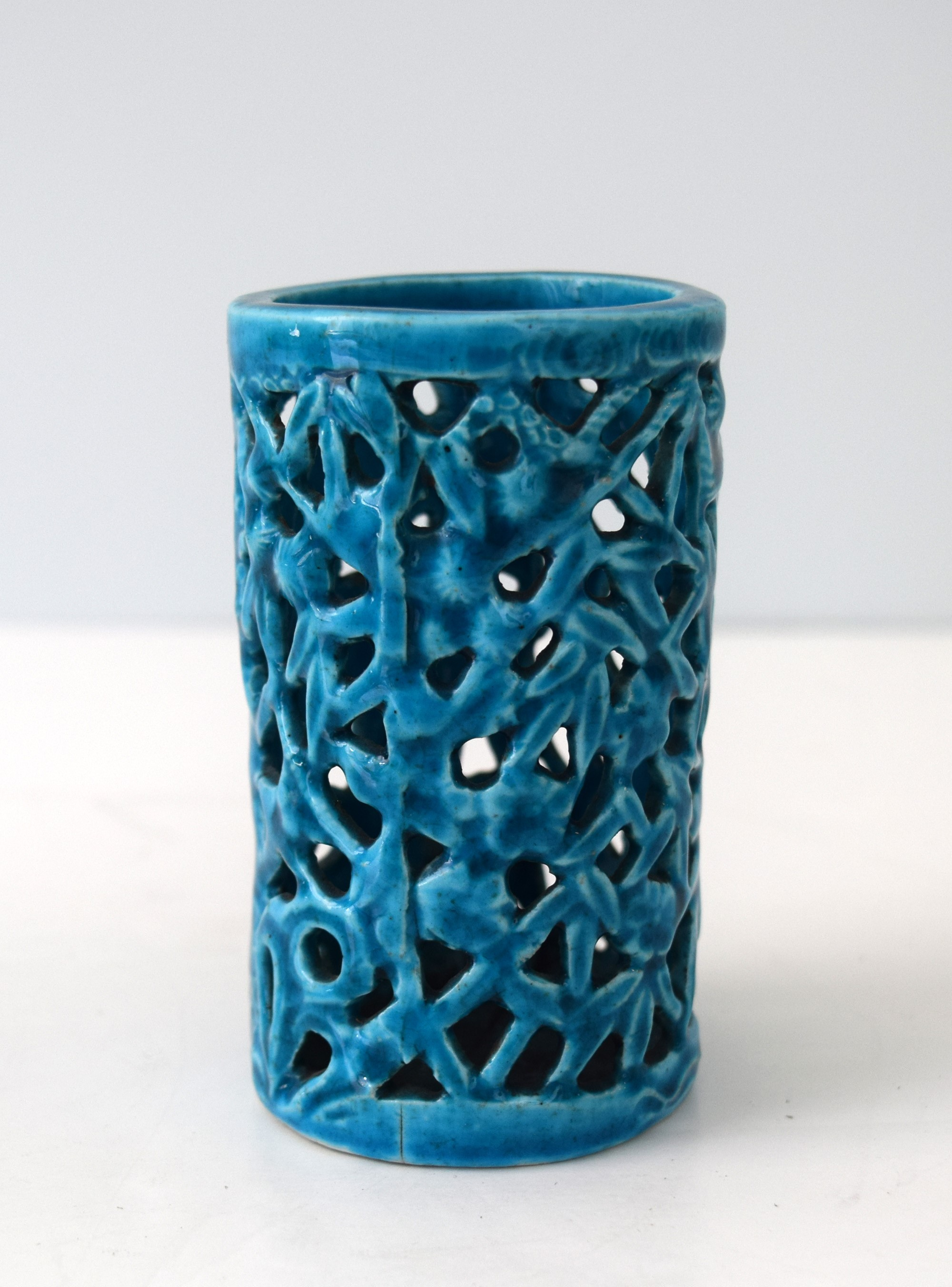 SMALL TURQUOISE BAMBOO FORM BRUSHPOT