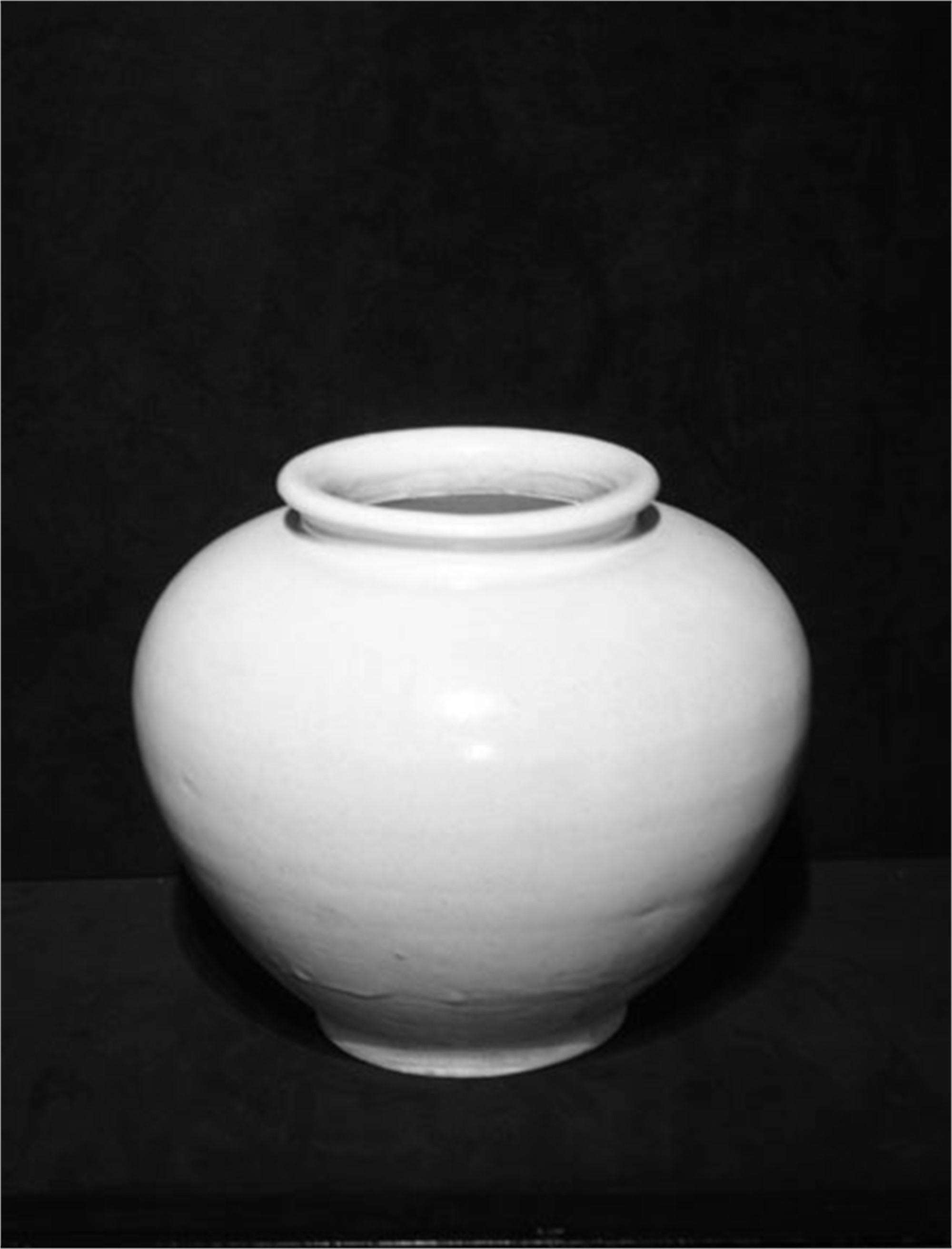 WHITE GLAZED JAR