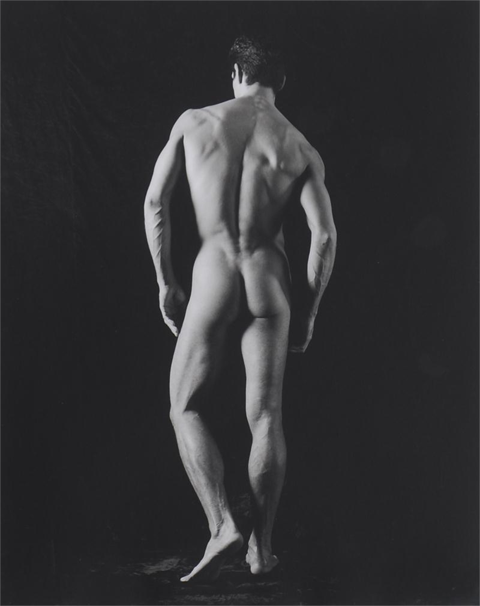 UNTITLED (NUDE B32) by David Seidner