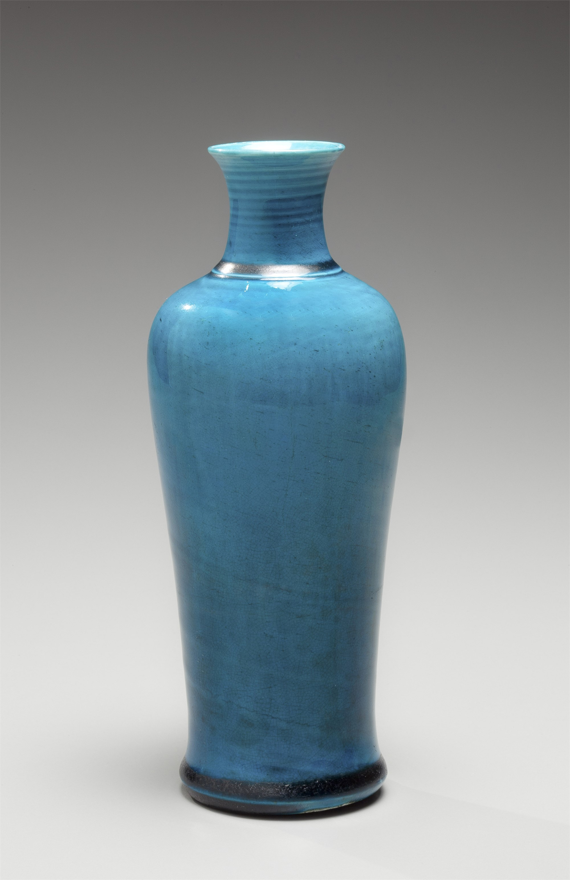 A TURQUOISE GLAZED MEIPING