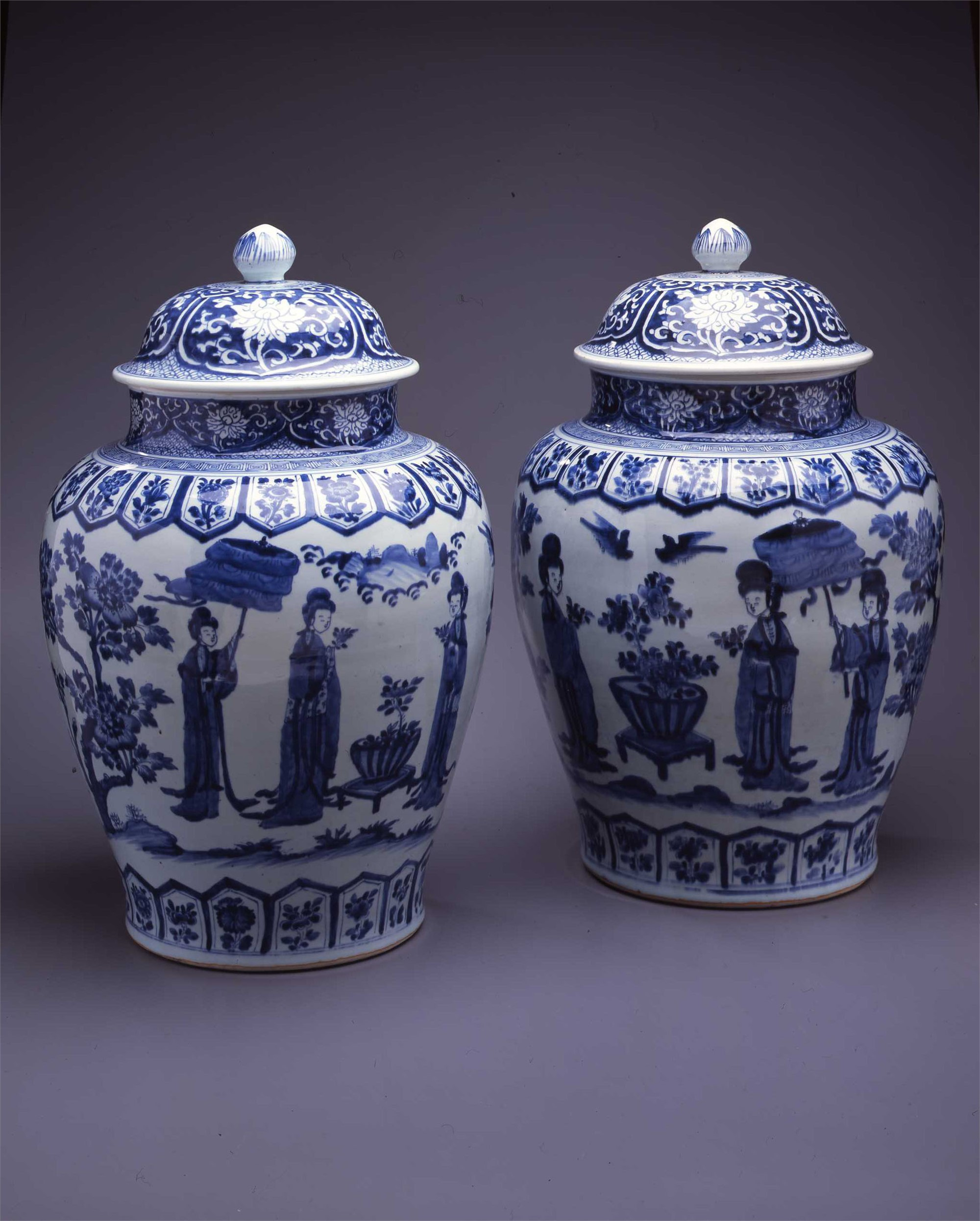 PAIR OF LARGE BLUE & WHITE JARS WITH COVERS