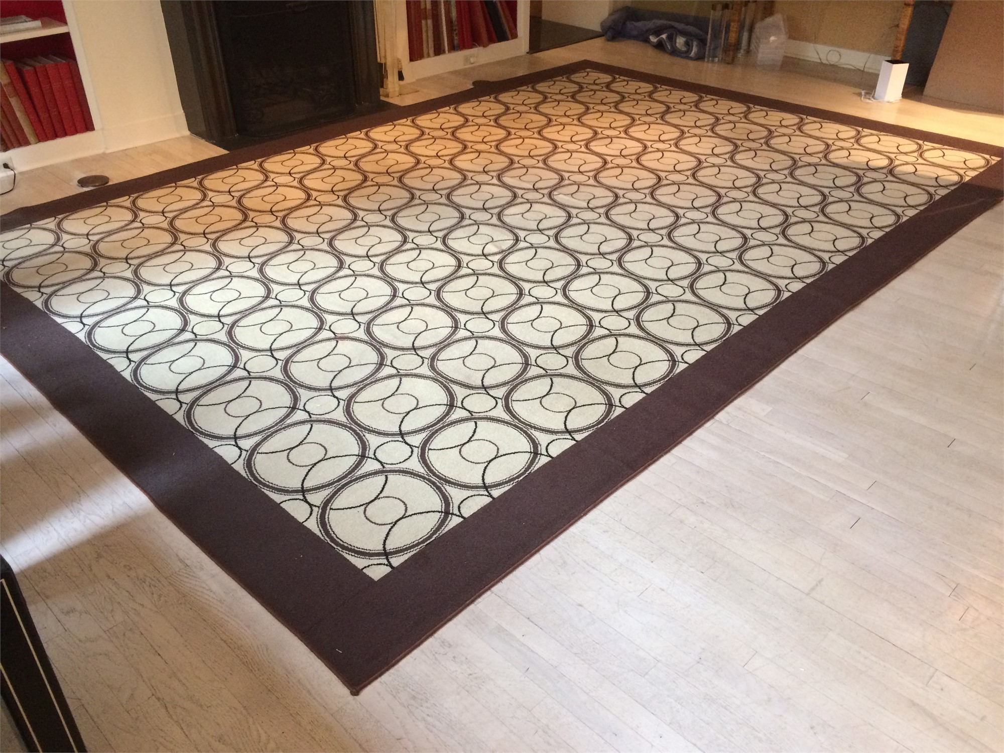 RUG BY ALESSANDRO ALBRIZZI by Alessandro Albrizzi