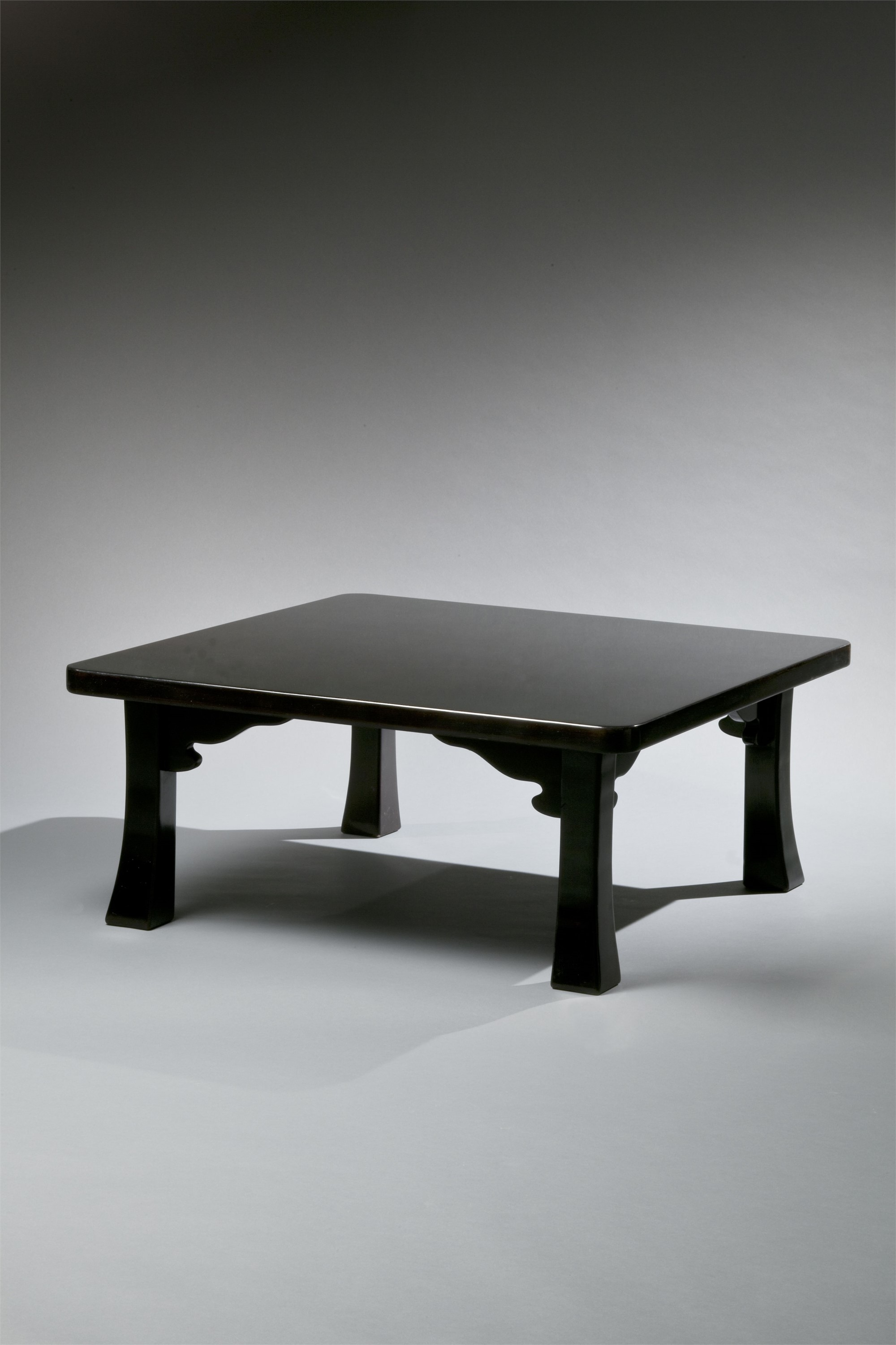 JAPANESE CHABUDAI INSPIRED LACQUER LOW TABLE